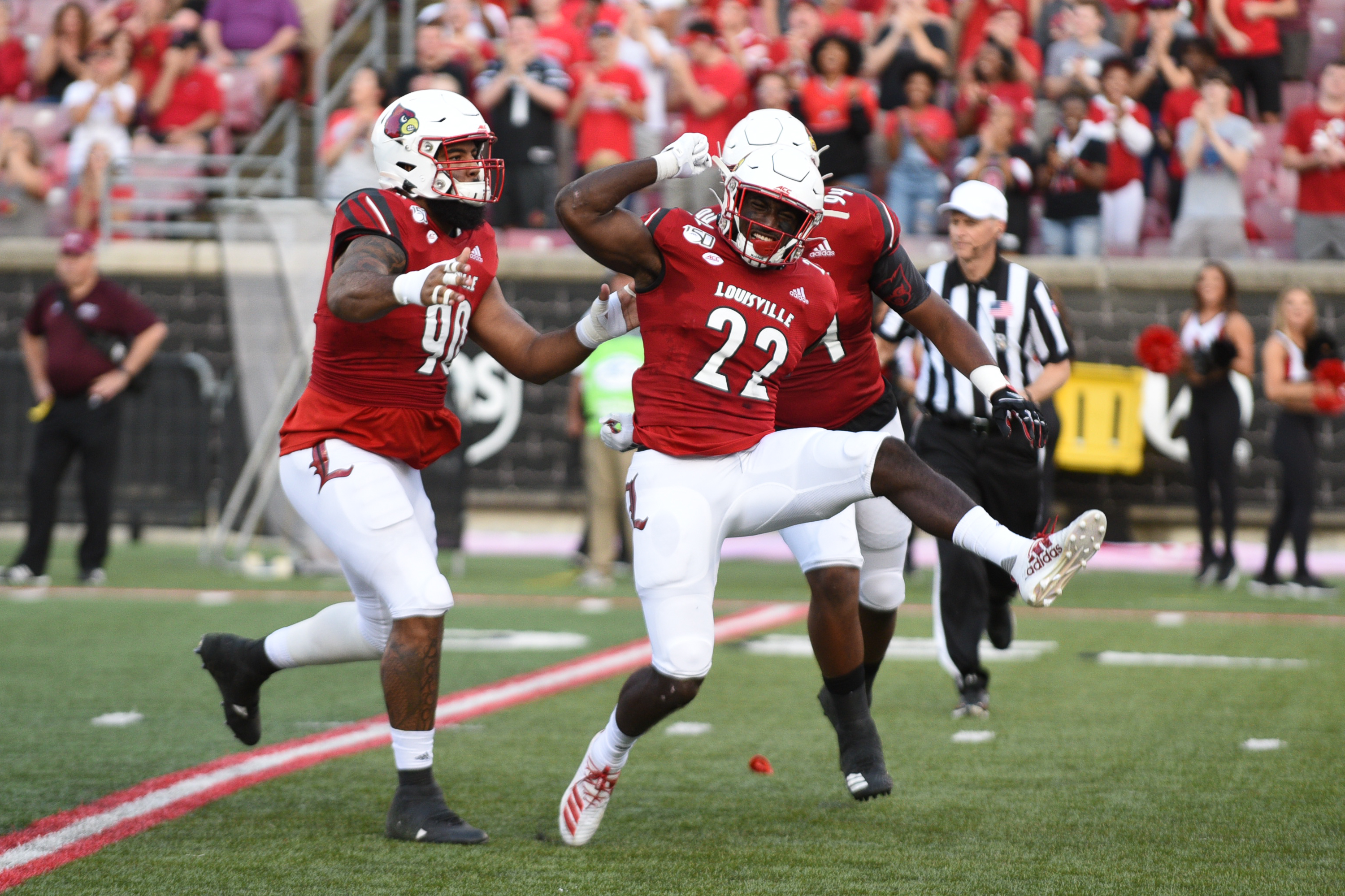 Yasir Abdullah Celebrates a sack in the opening drive of the win over Eastern Kentucky.