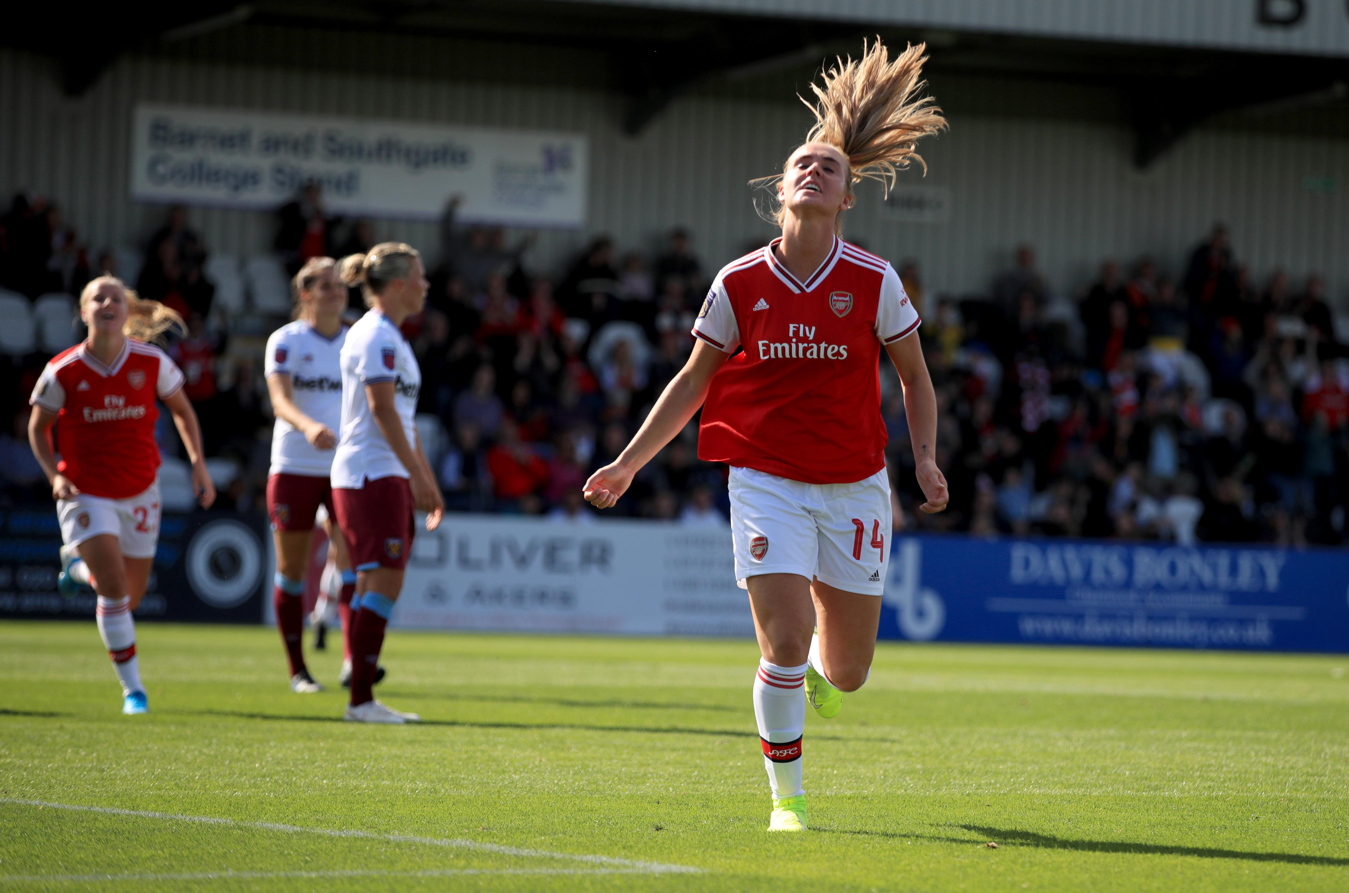 Arsenal v West Ham United - Women's Super League - Meadow Park