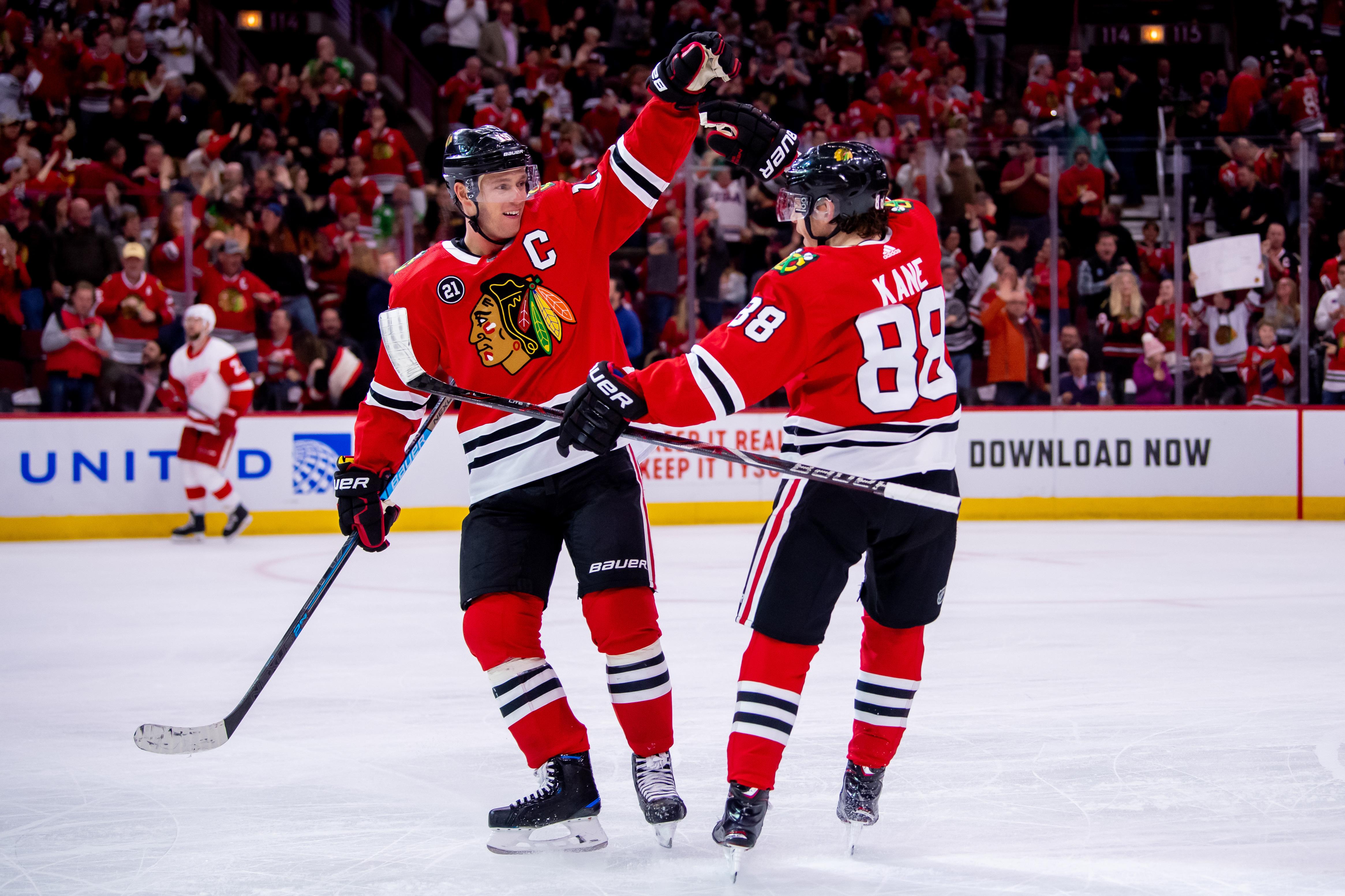 NHL: FEB 10 Red Wings at Blackhawks