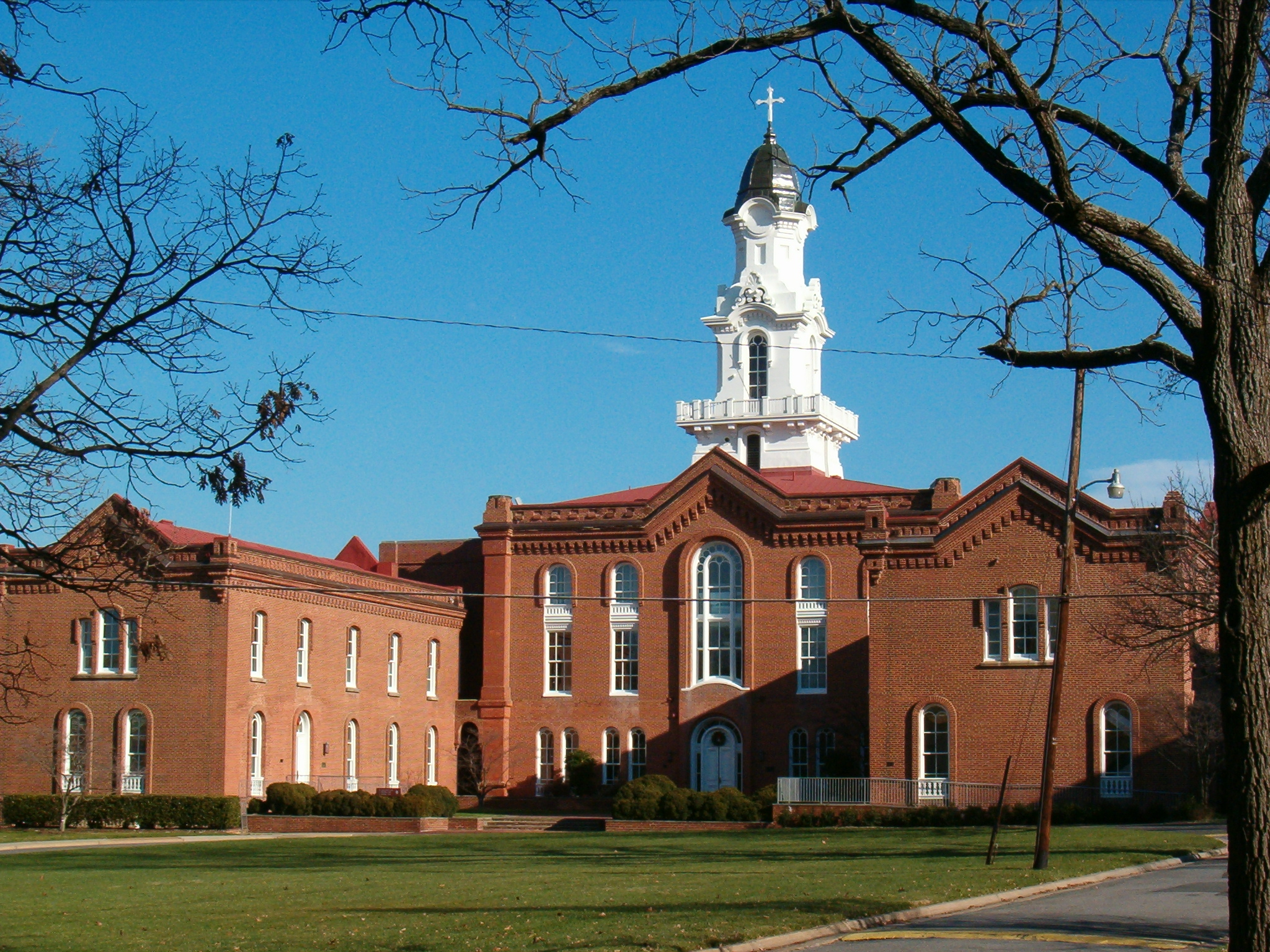 A Virginia seminary is the first school to create a reparations fund