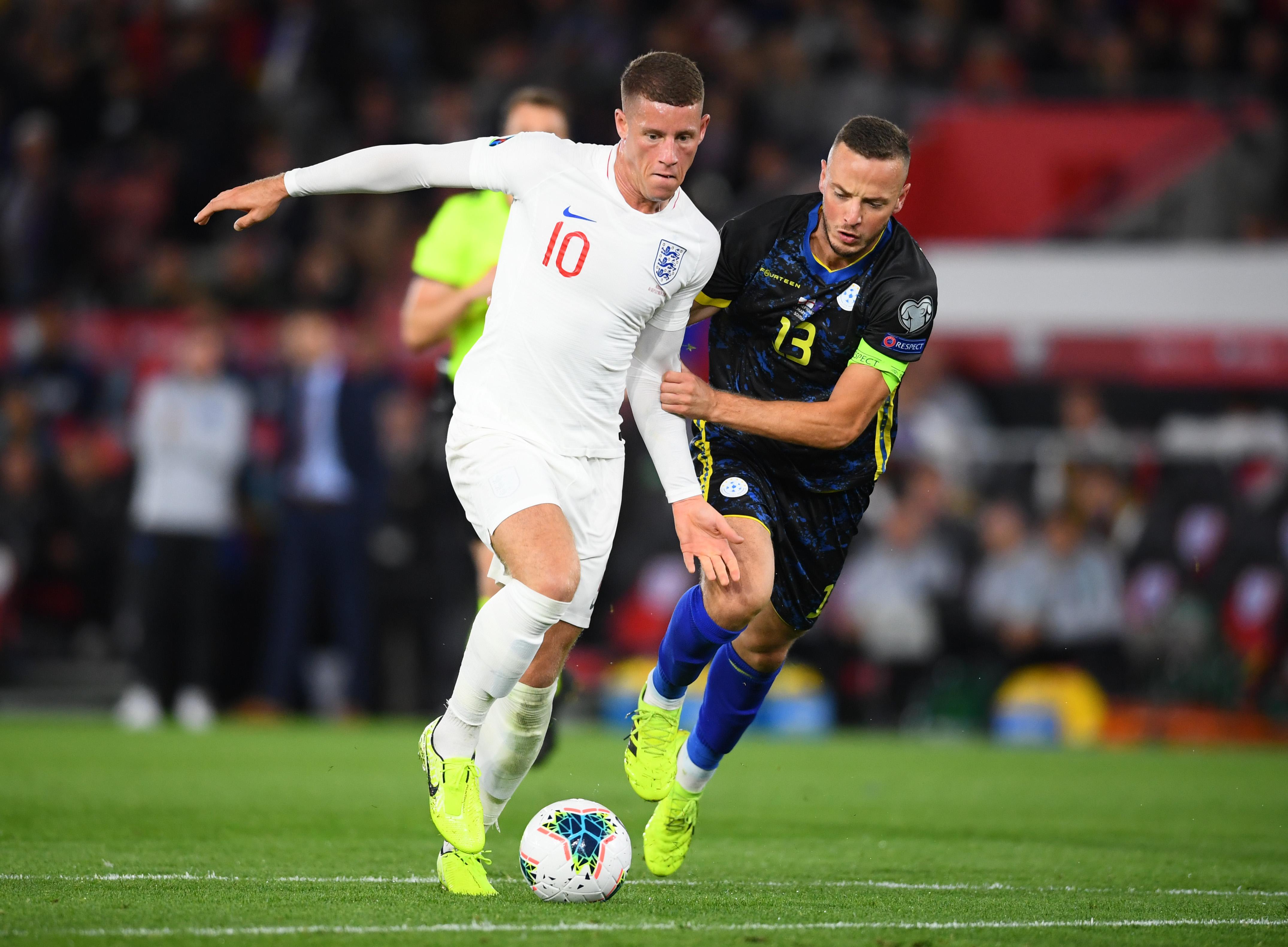 Barkley, Giroud start again as England, France win again