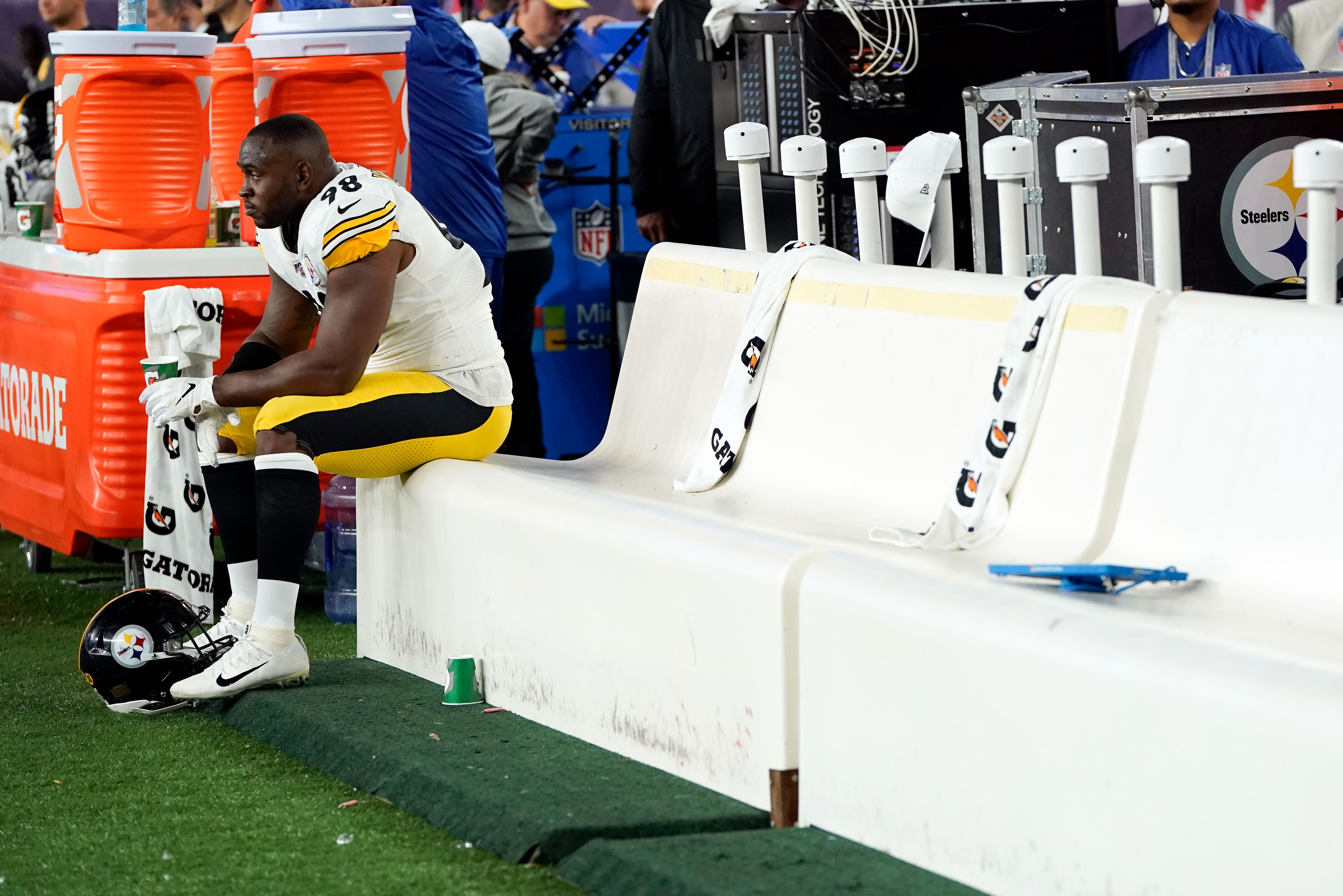 NFL: Pittsburgh Steelers at New England Patriots