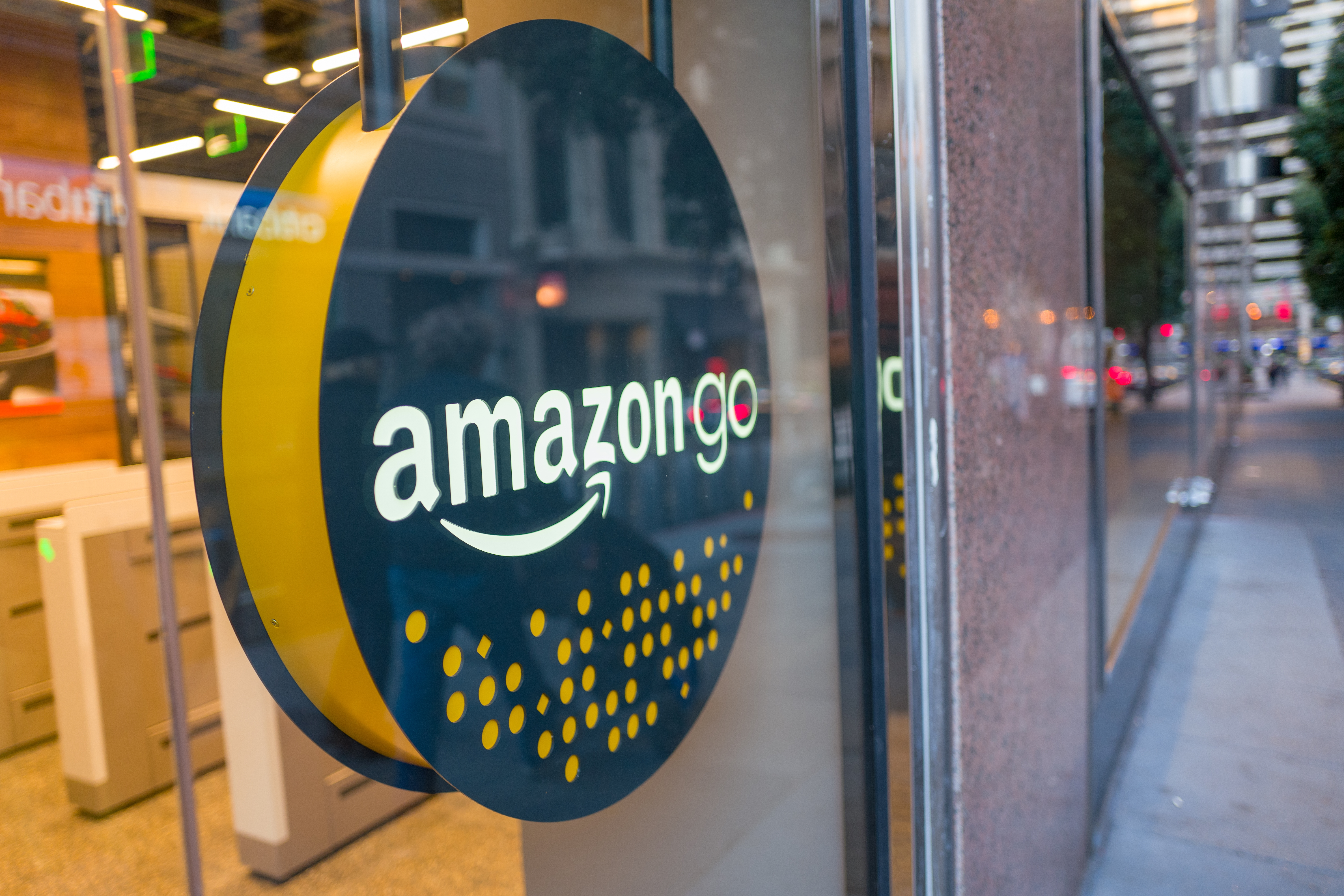 Amazon Opens Its Cashless Convenience Store on First Hill