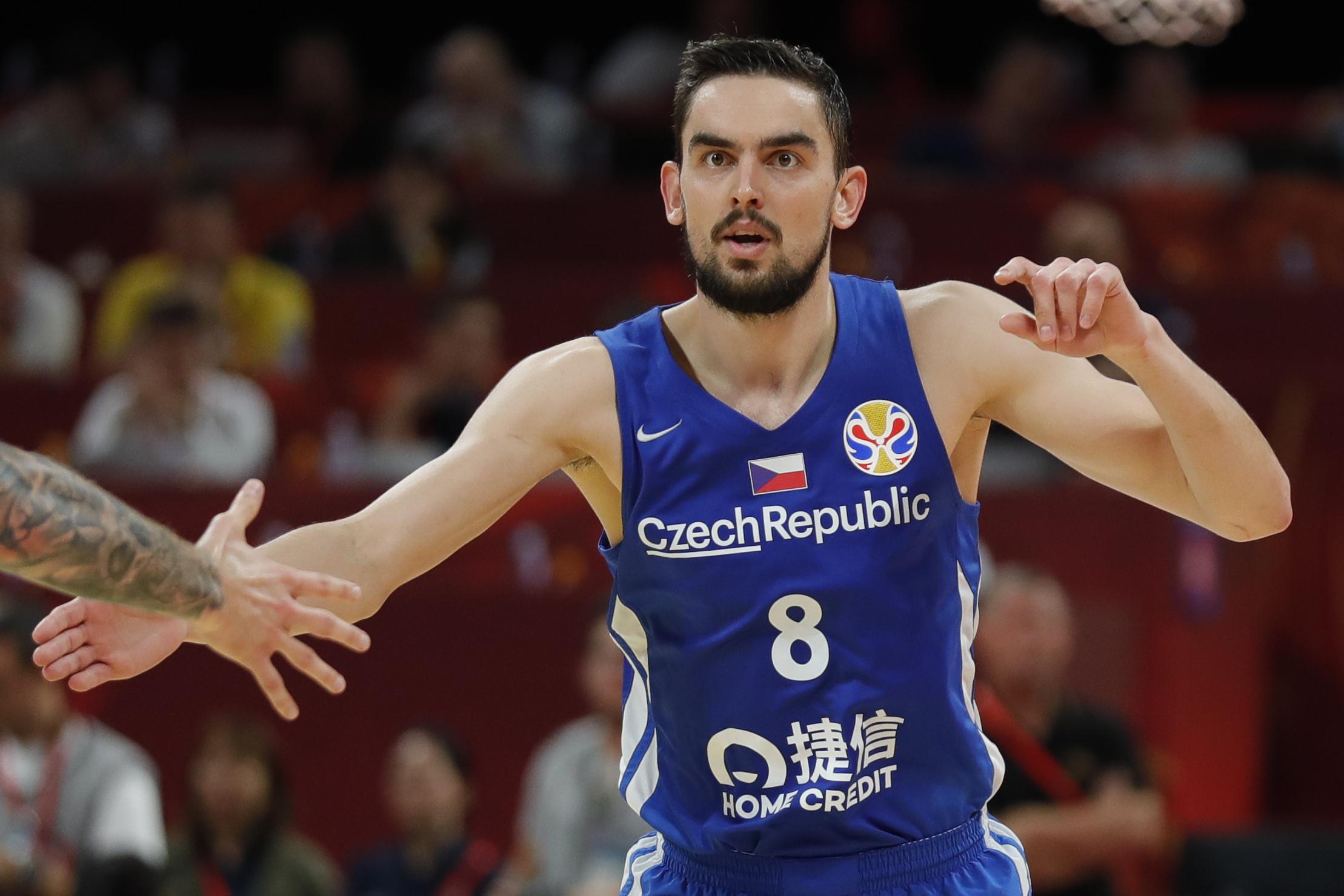 Serbia v Czech Rep: Games 5-6 - FIBA World Cup 2019