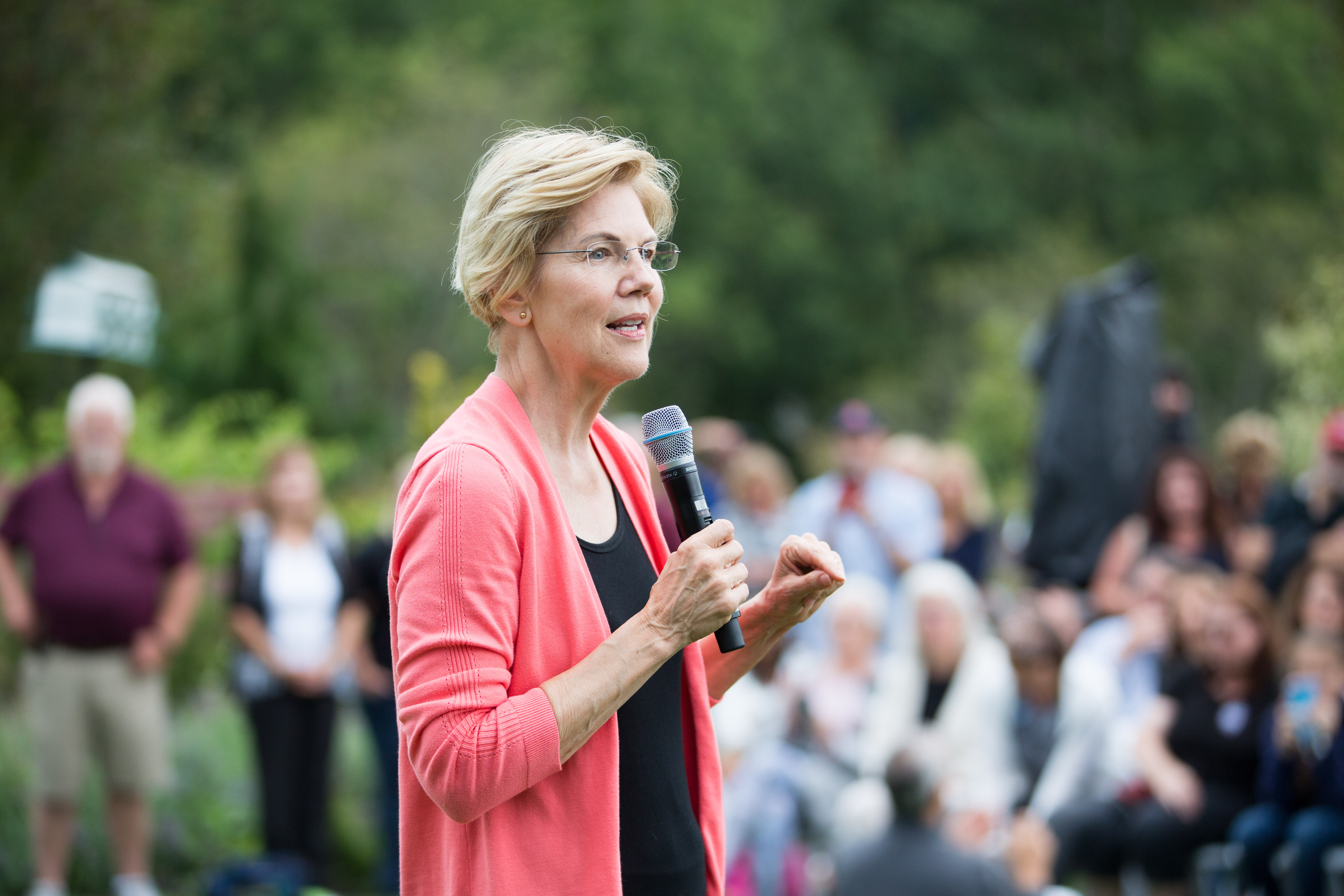 Elizabeth Warren's first priority as president: ending government corruption