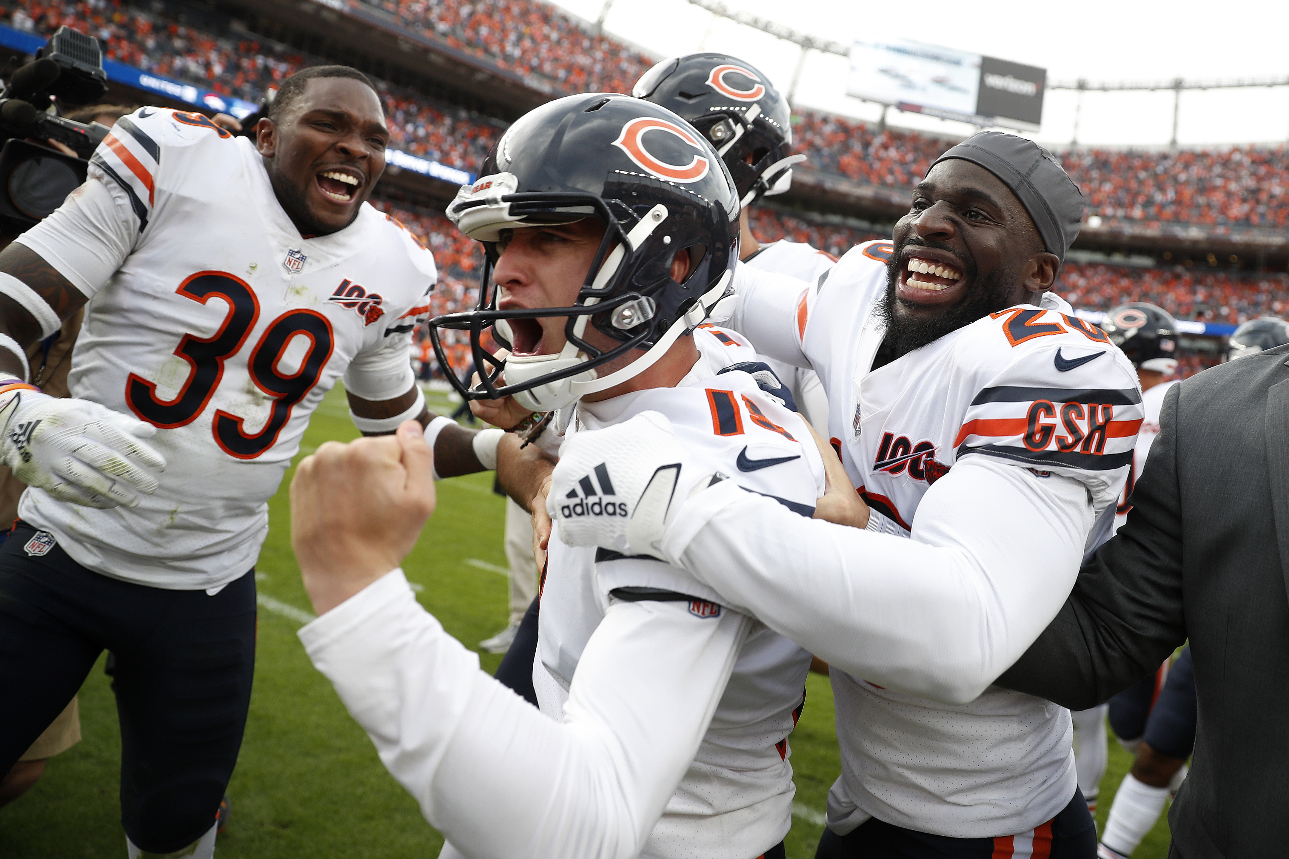 Chicago Bears kicker Eddy Pineiro, center, celebrates his game-winning field goal with free safety Eddie Jackson (39) and cornerback Prince Amukamara against the Denver Broncos after an NFL football game, Sunday, Sept. 15, 2019, in Denver.