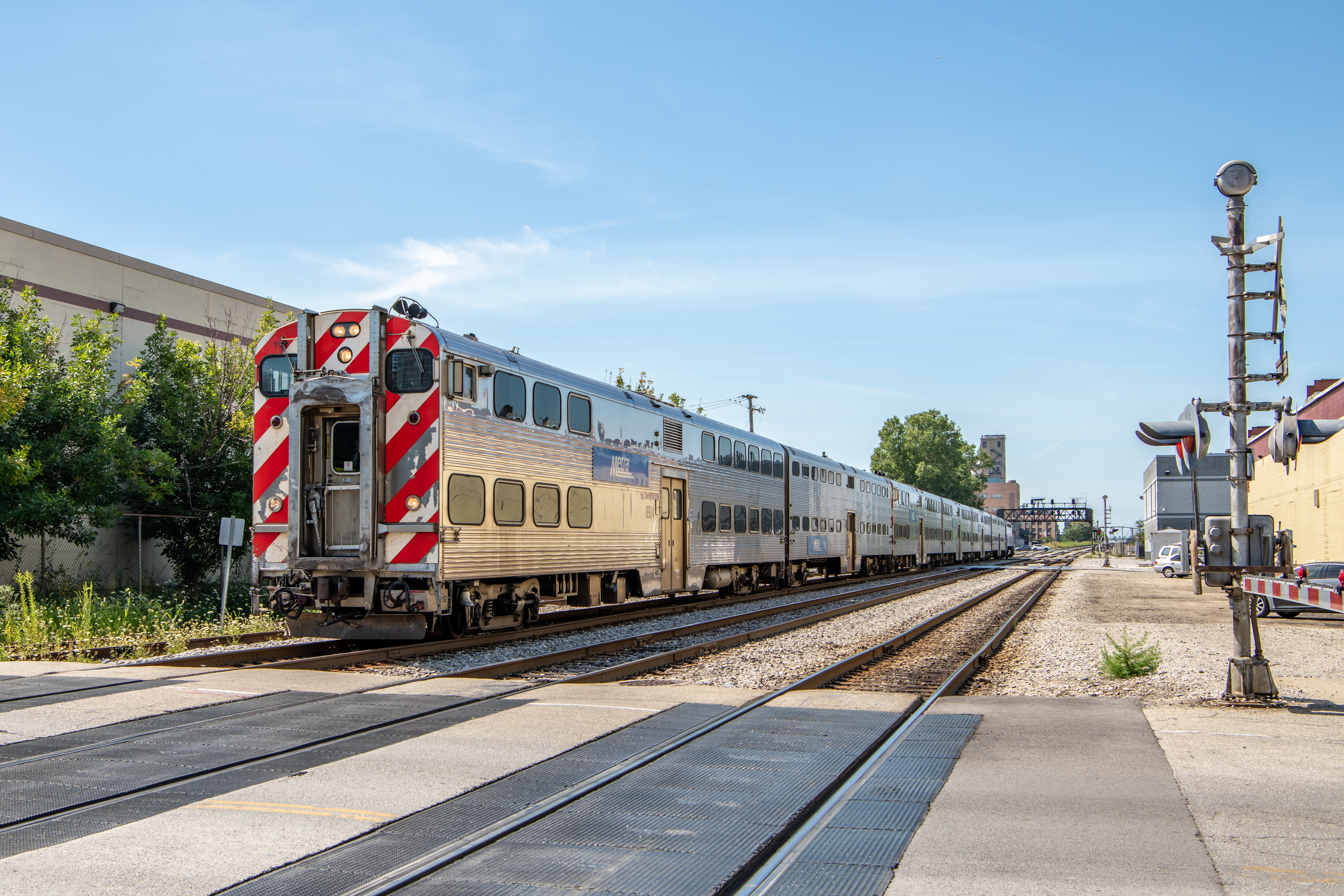 Metra won't increase fares in 2020 and will prioritize backlog of improvements