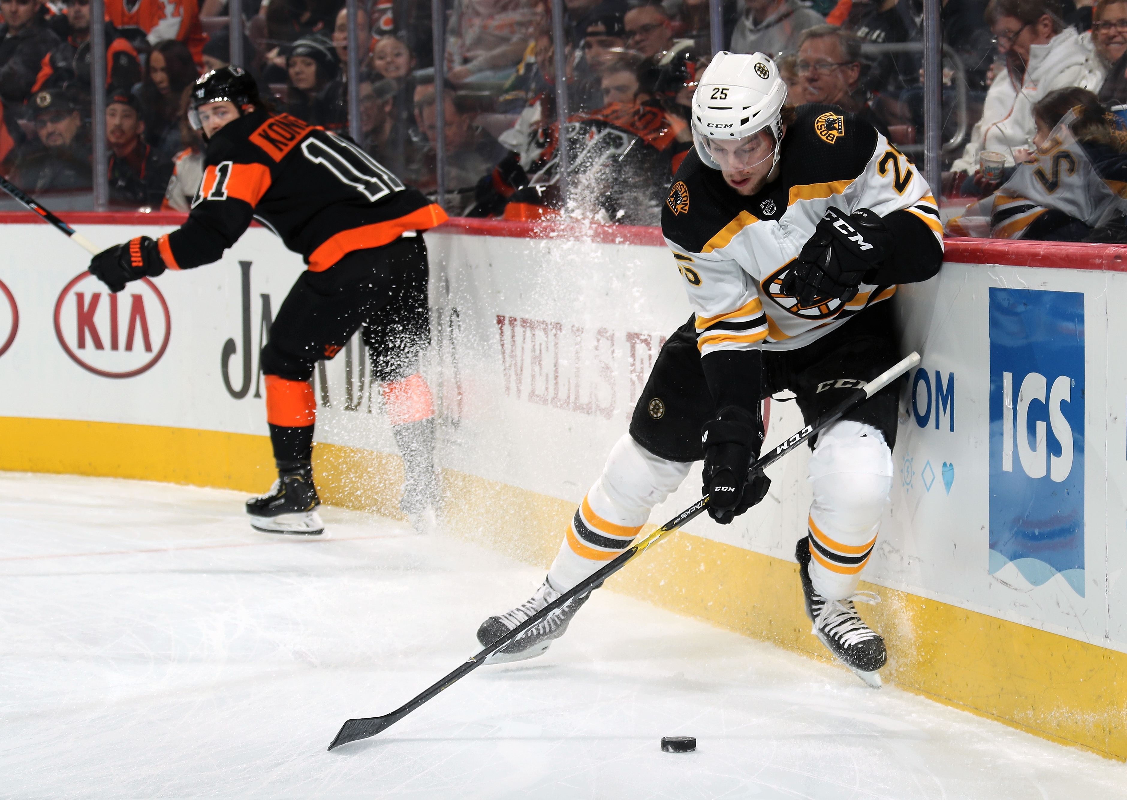 Boston Bruins v Philadelphia Flyers