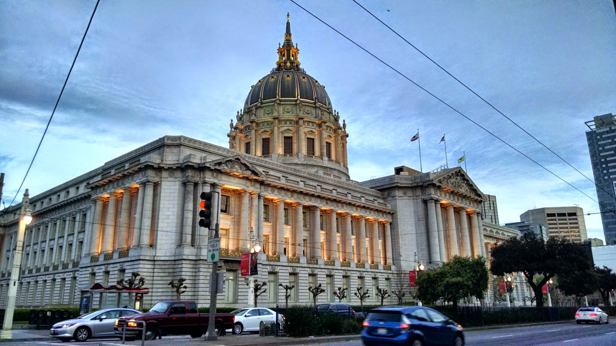 SF Restaurant Leaders Sound Alarm on Industry Crisis at City Hall Meeting