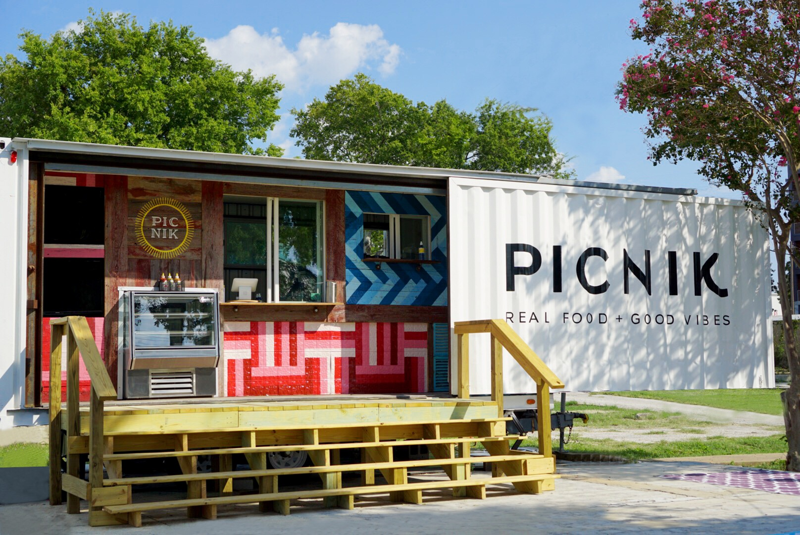 Picnik's Lawsuit Over the Word 'Picnic' Is Still Dragging On