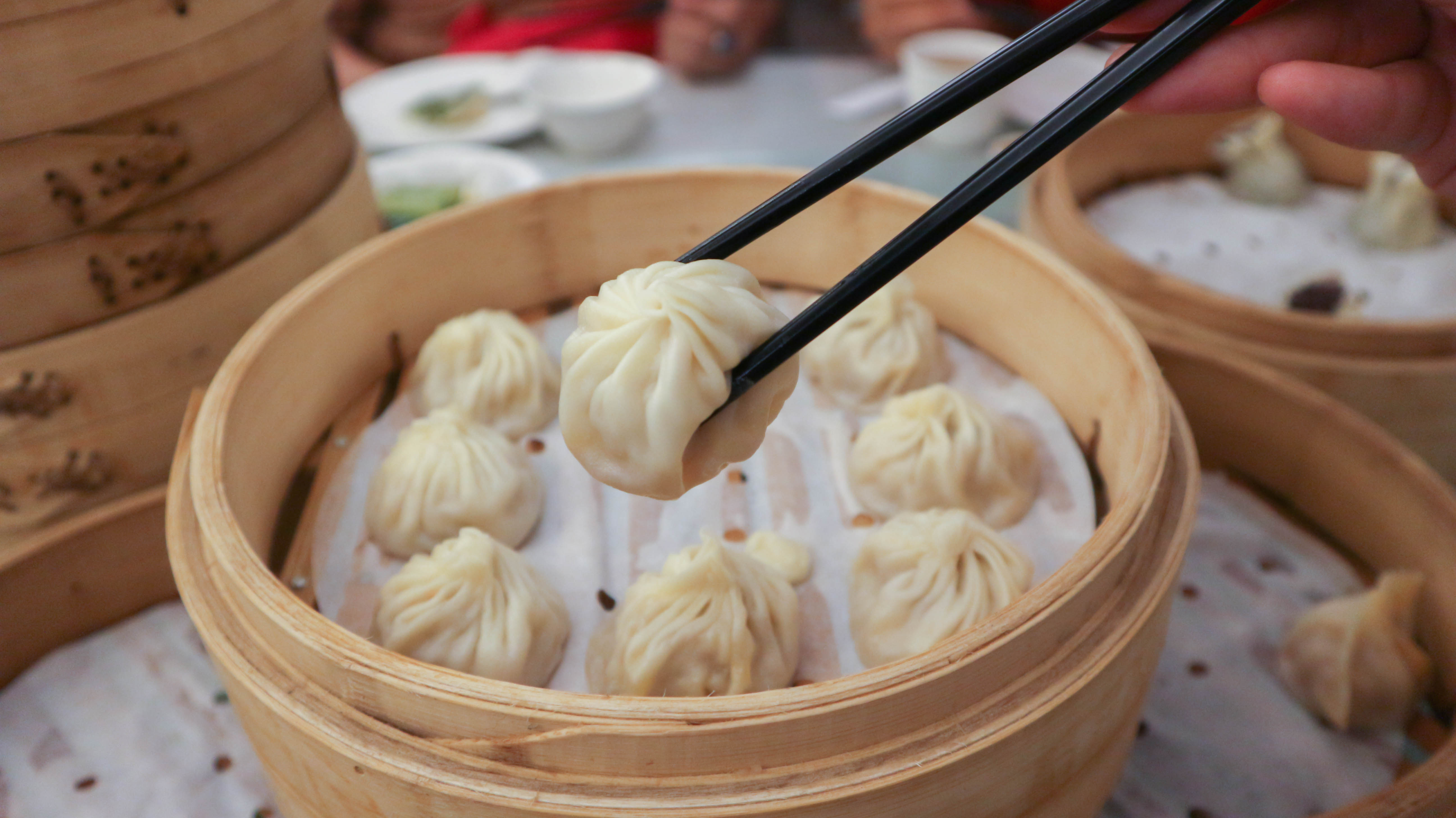 A picture of xiao long bao, a famous Shanghainese dish