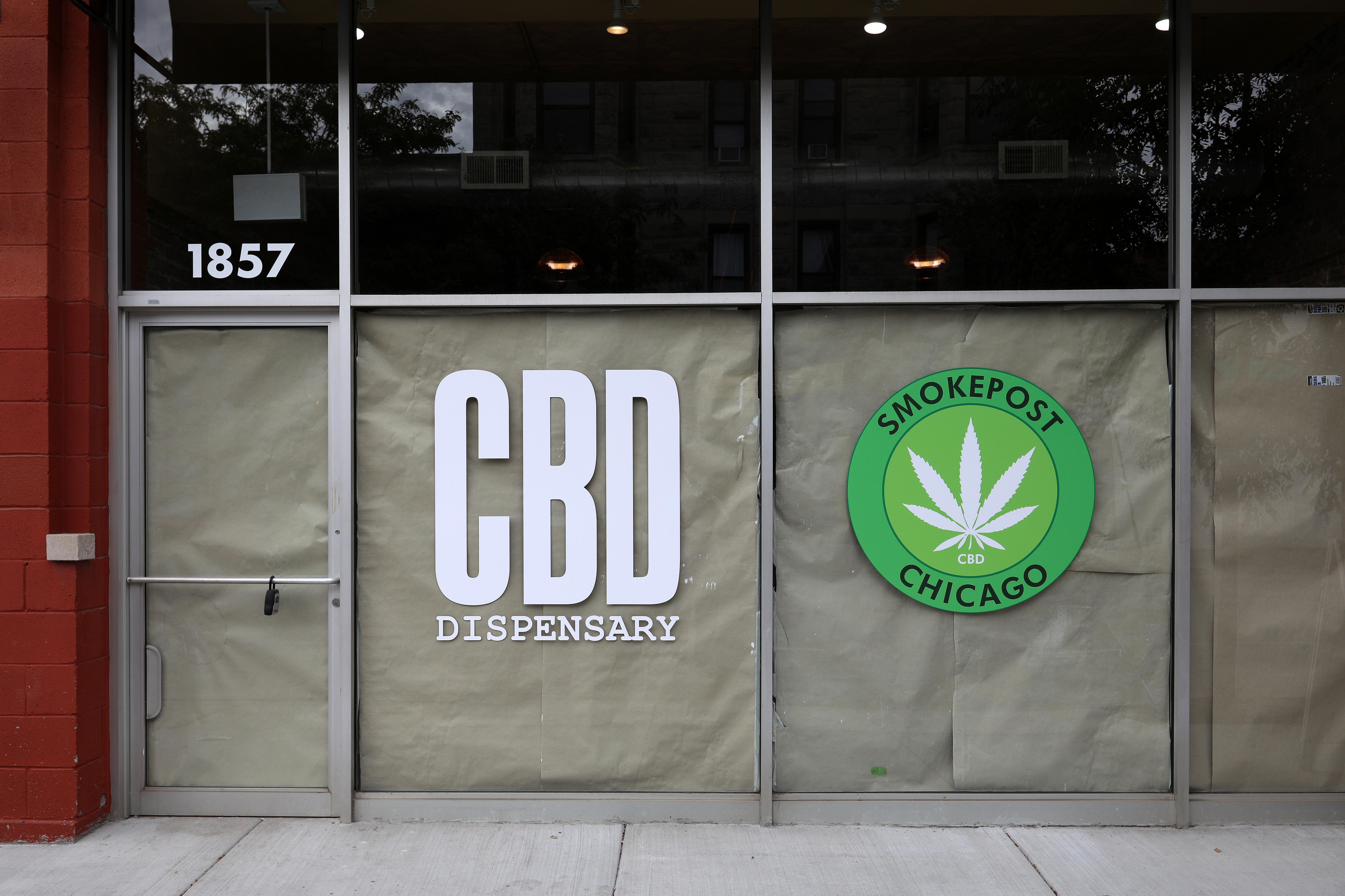 Lightfoot introduces new cannabis ordinance prioritizing 'victimized' communities