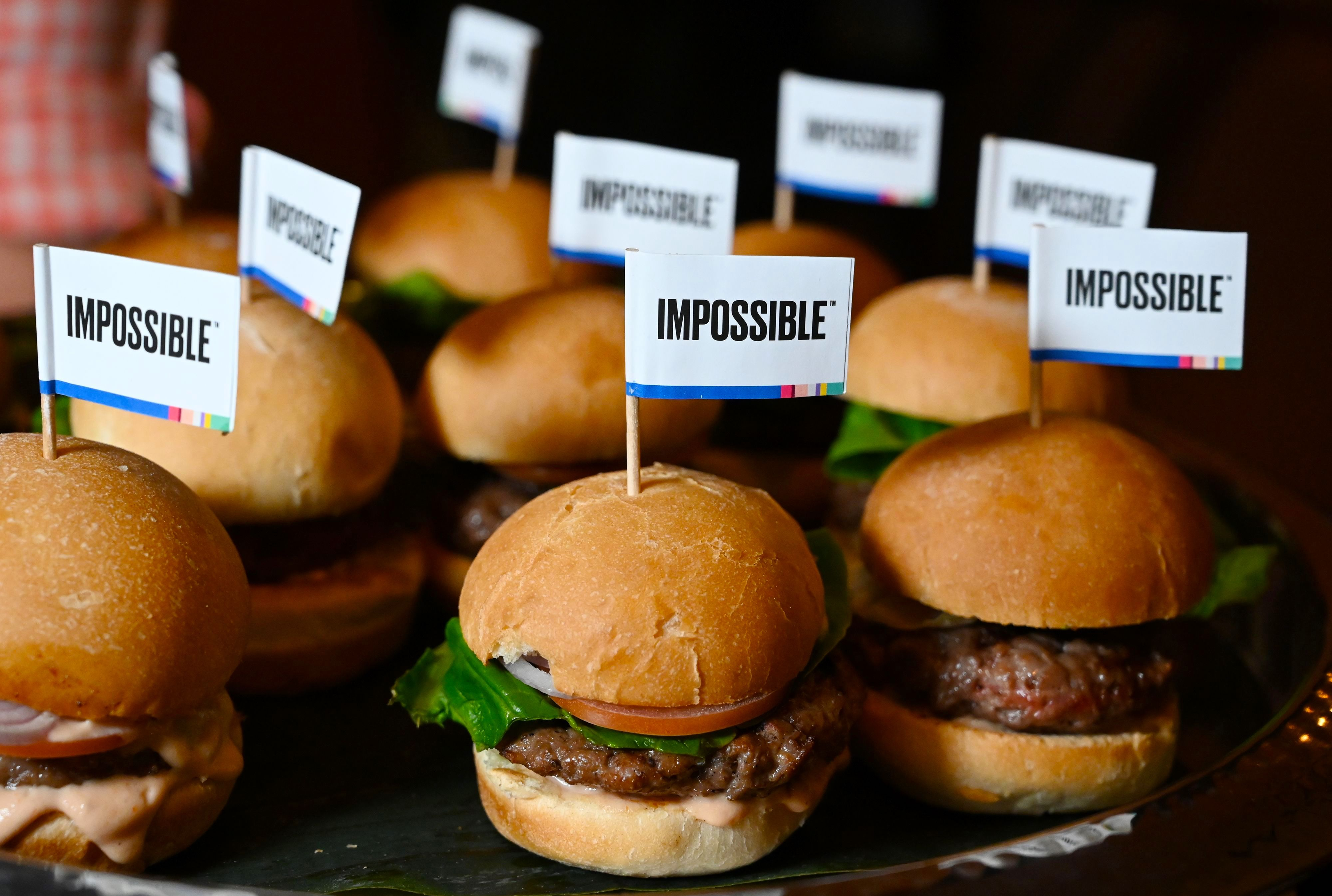 You can finally buy Impossible Foods' meatless burger in grocery stores, starting Friday
