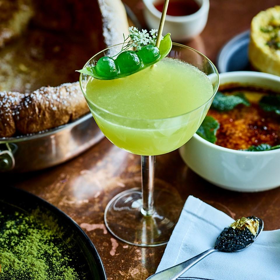 Fancy French Diner Savant Brings Foie Gras Eclairs to Midtown This Weekend
