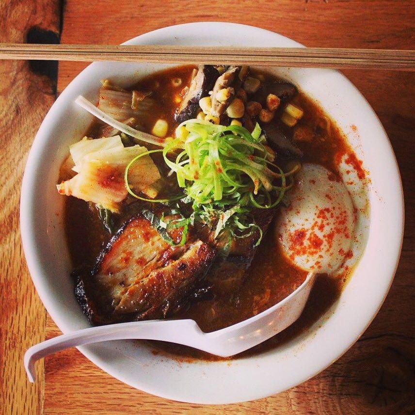 Japanese-Korean Restaurant Salaryman Opens in East Lake for Ramen and Bibimbap