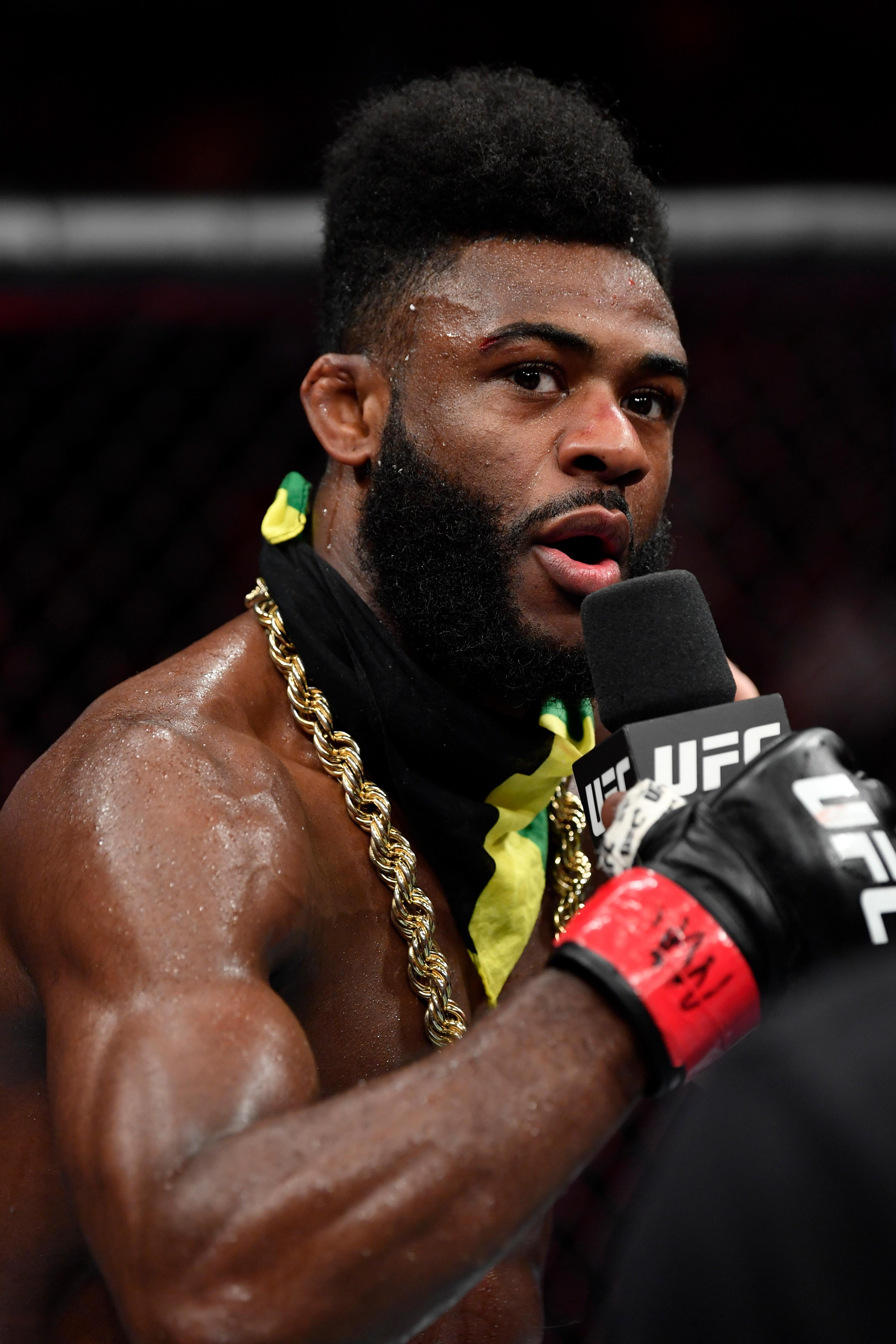 UFC 238: Sterling v Munhoz