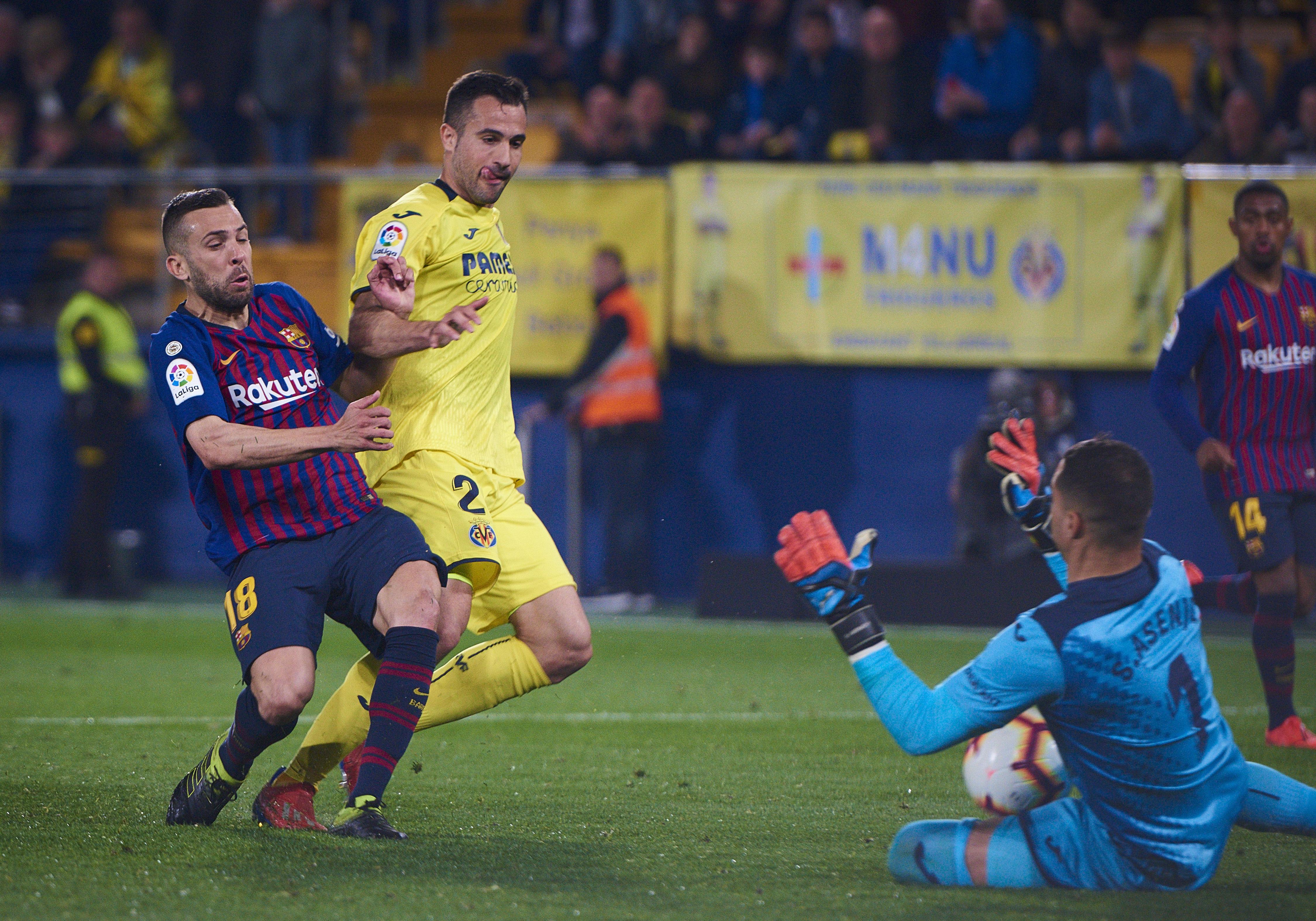 SOCCER: APR 02 La Liga - Villarreal CF at FC Barcelona