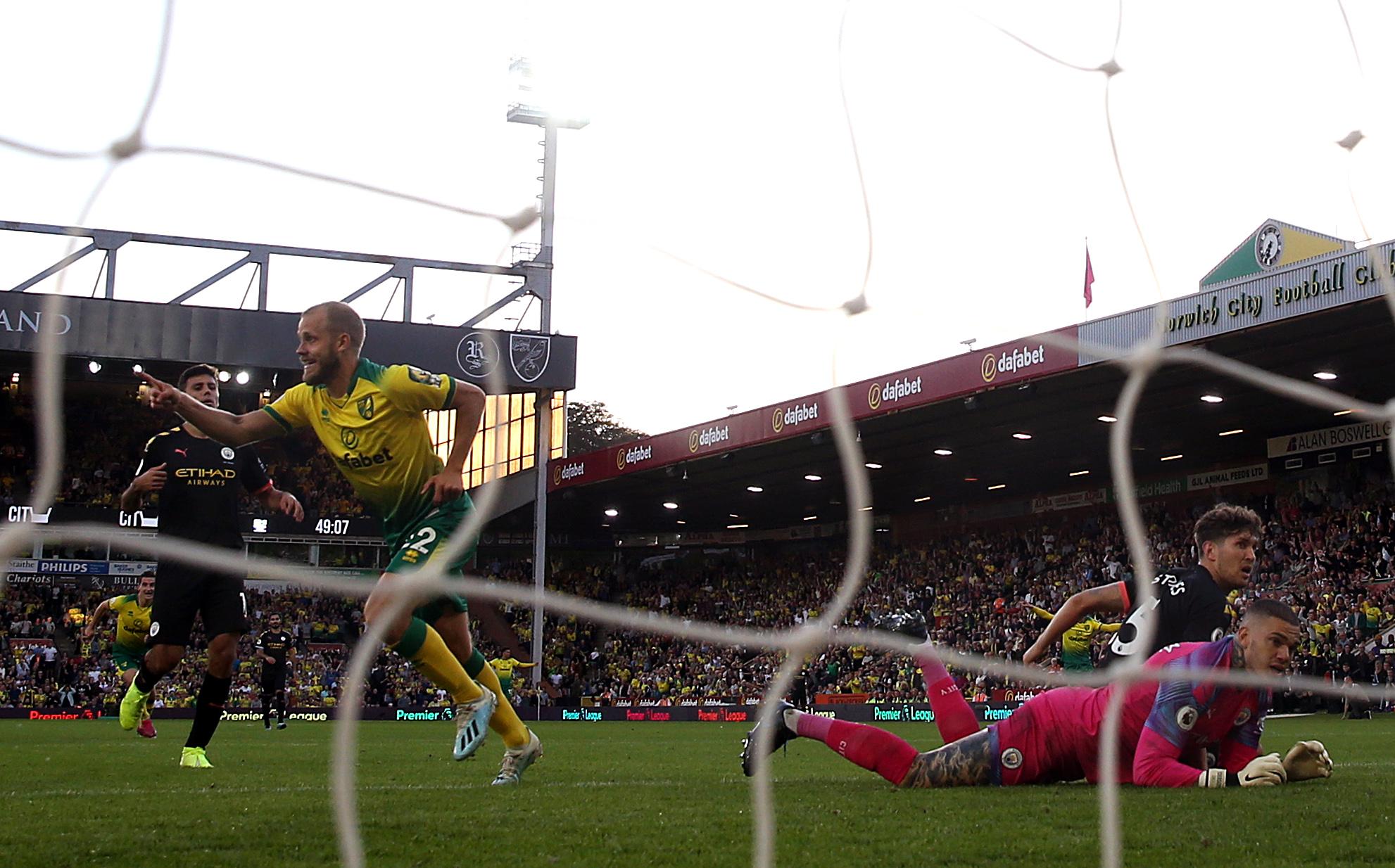Norwich City v Manchester City - Premier League - Carrow Road