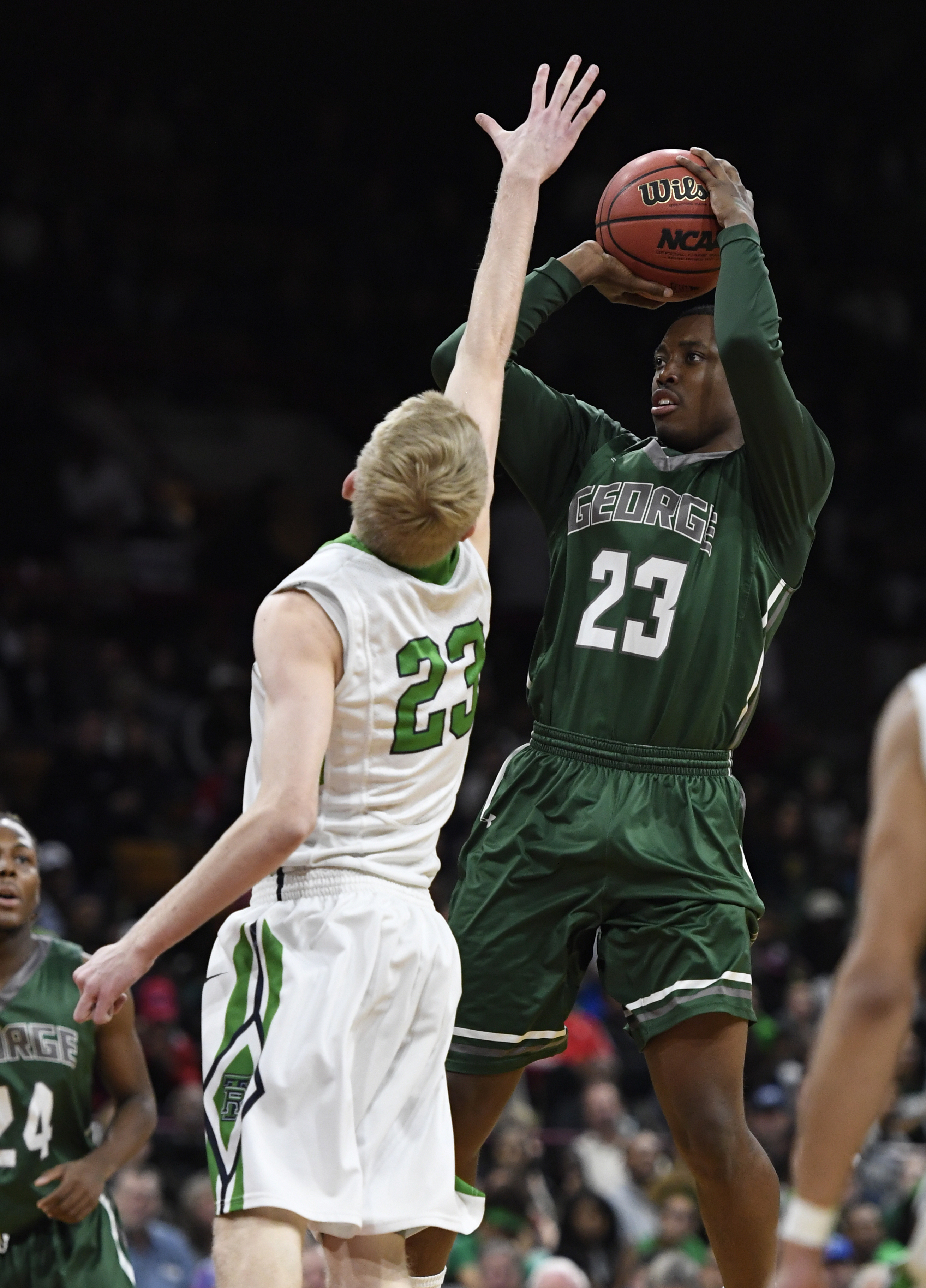 ThunderRidge versus Geroge Washington boys 5A Colorado state basketball semifinals