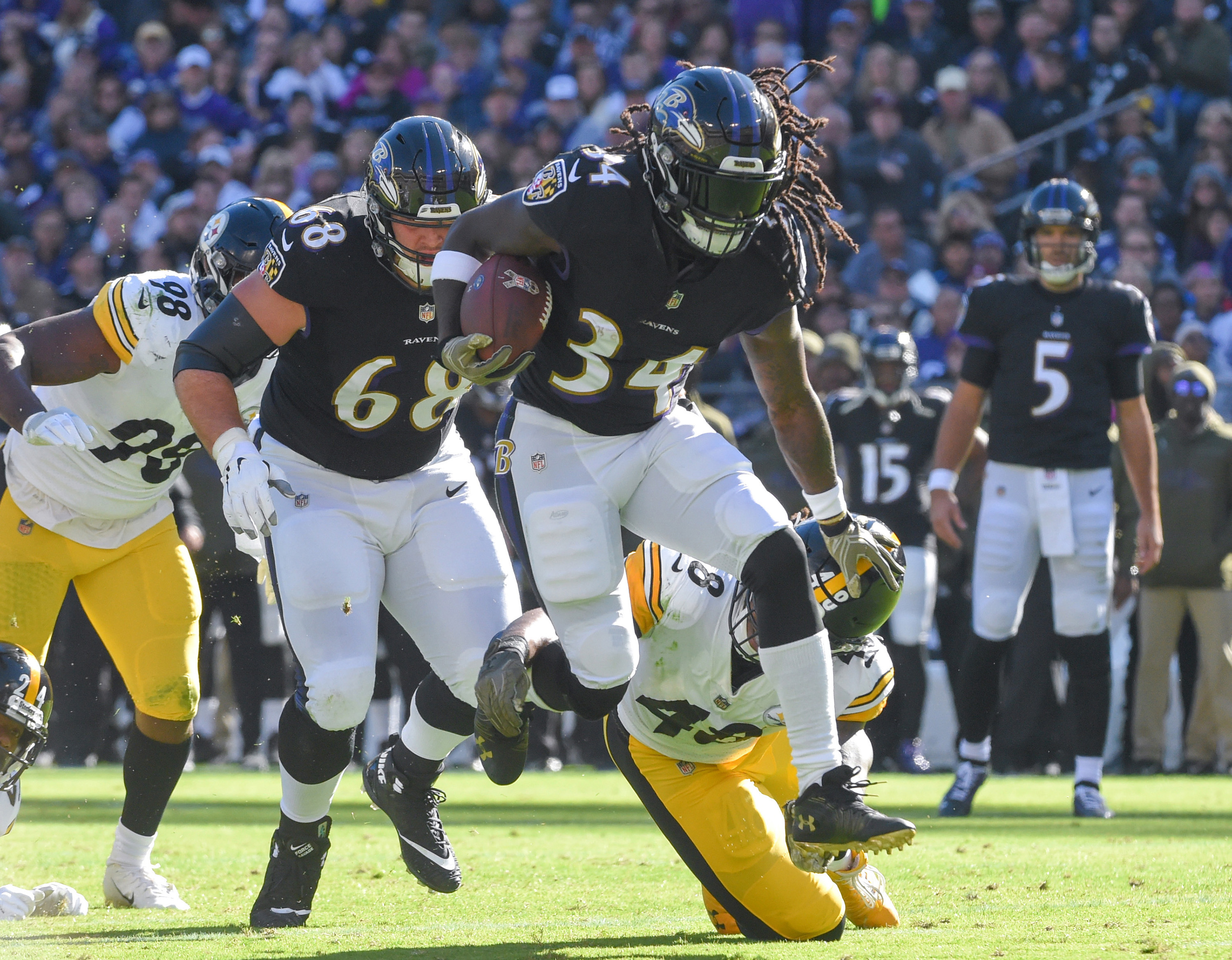 Ravens RB Alex Collins is placed on inured reserve, ending his season; RB Kenneth Dixon activated