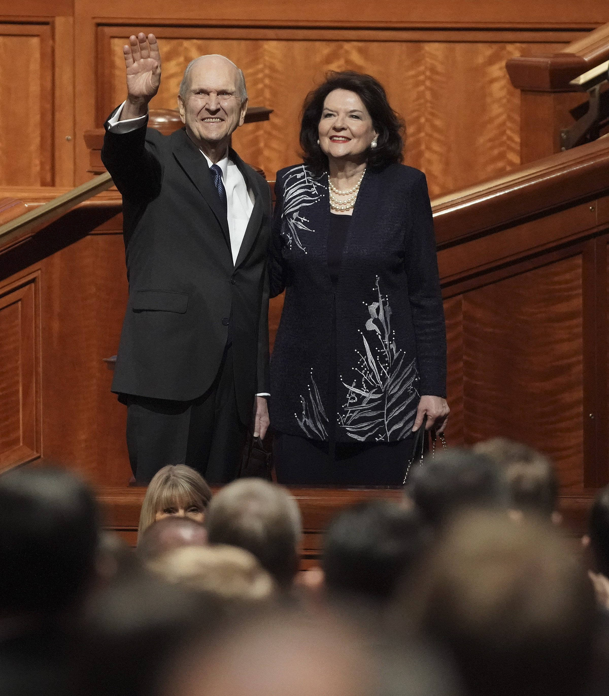 President Russell M. Nelson and his wife, Sister Wendy Nelson, wave to attendees after the Sunday morning session of the 189th Semiannual General Conference of The Church of Jesus Christ of Latter-day Saints in Salt Lake City on Sunday, Oct. 6, 2019.