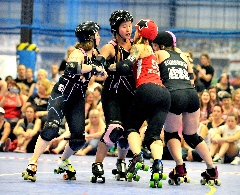 London Roller Girls Vs Gothan Girls Roller Derby All Stars - Roller Derby
