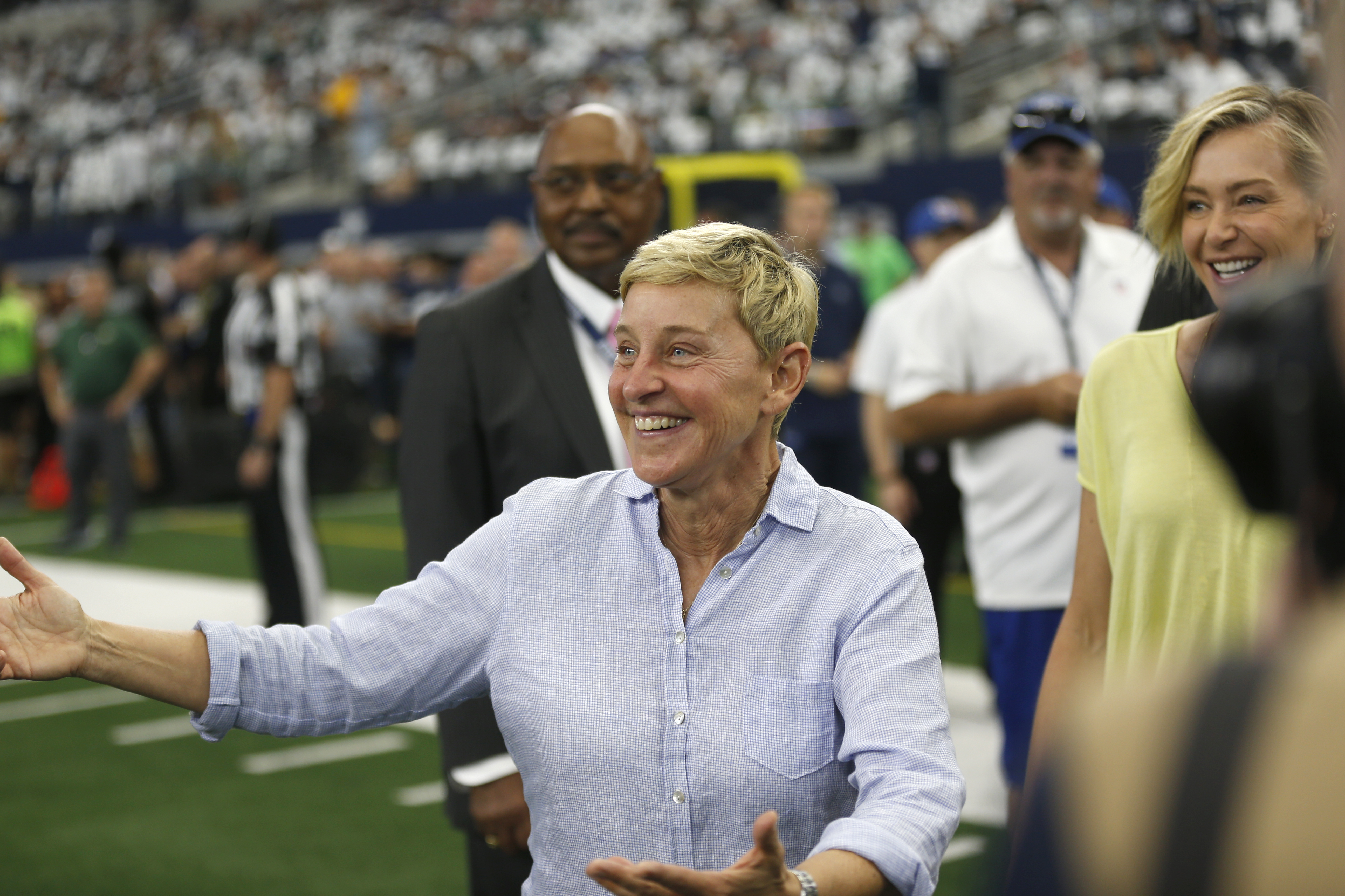 Ellen DeGeneres was on the field during the Cowboys/Packers pre-game warmups Sunday.