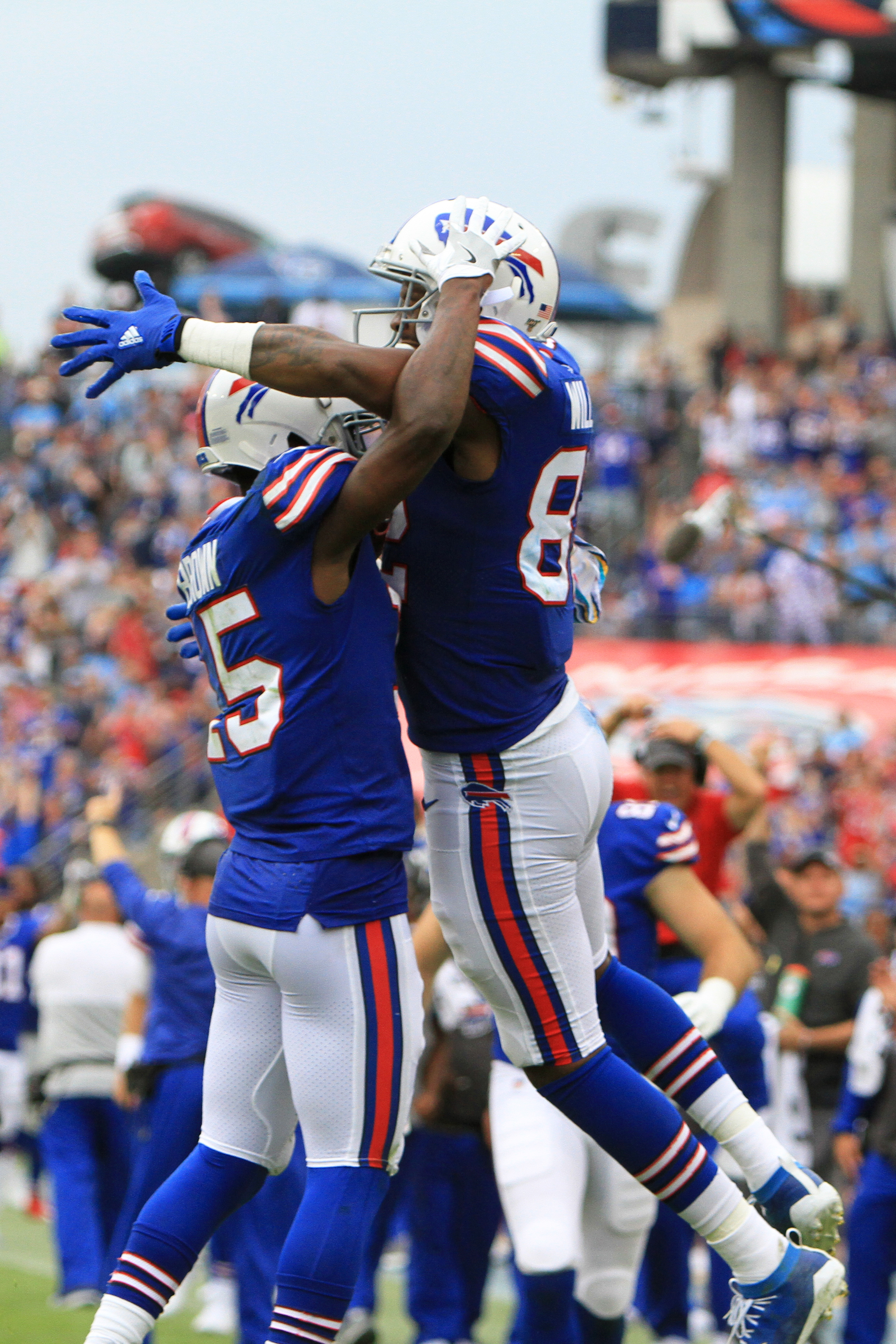 NFL: OCT 06 Bills at Titans