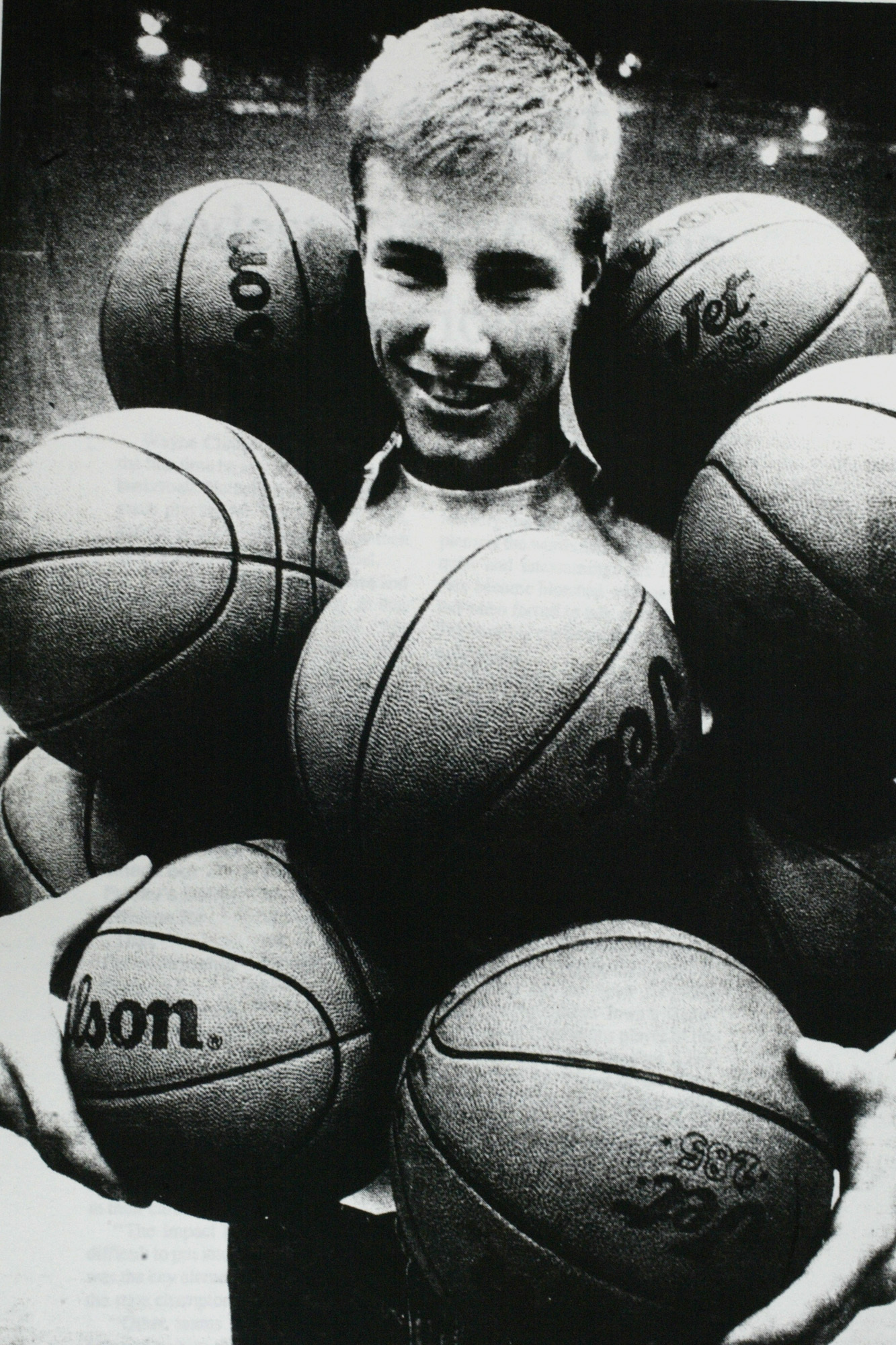 """Marlin Levison - STRIB 05/23/04 - Ames IA -Fred Hoiberg was named """"Mr. Basketball"""" by the Iowa Newspaper Association after winning the state championship for Ames Highschool in 1991. Photo by Mark Davitt of the Ames Daily Tribune."""