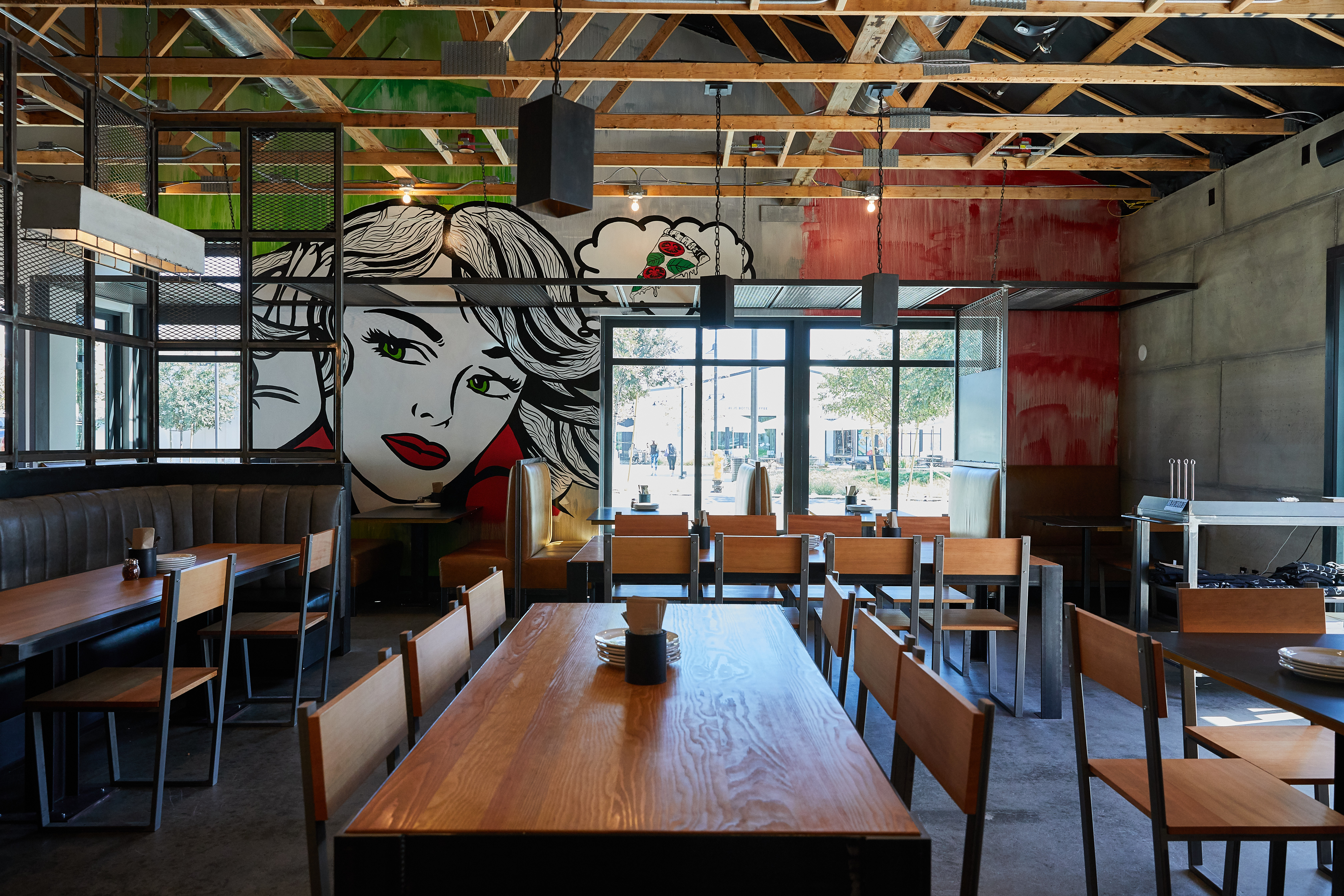 Coal-Fired Pizza Palace Pops Up at One Paseo