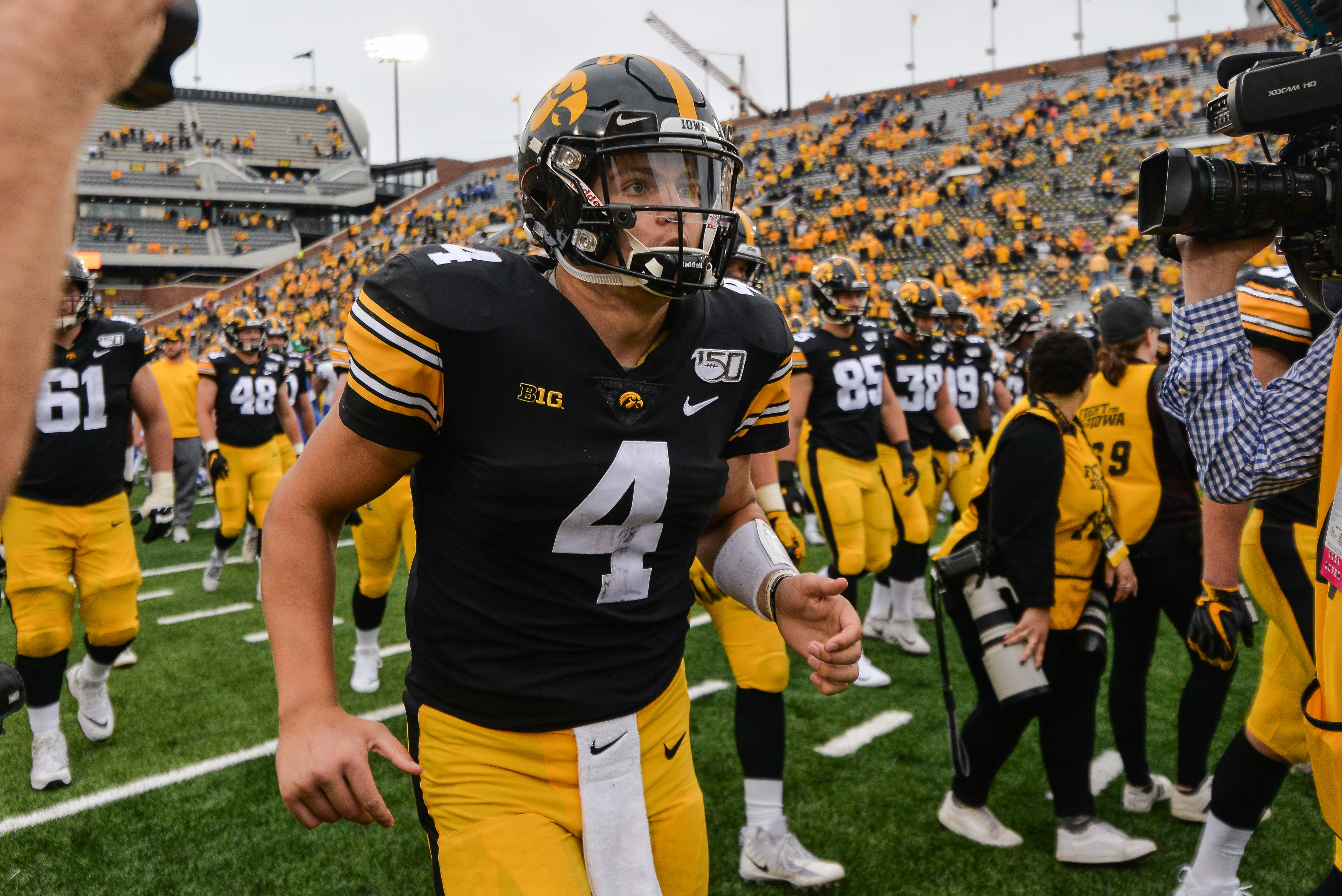NCAA Football: Middle Tennessee at Iowa