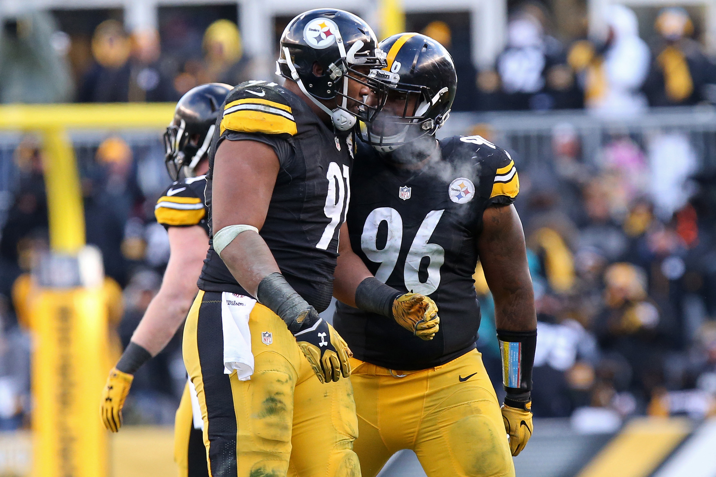 NFL: AFC Wild Card-Miami Dolphins at Pittsburgh Steelers