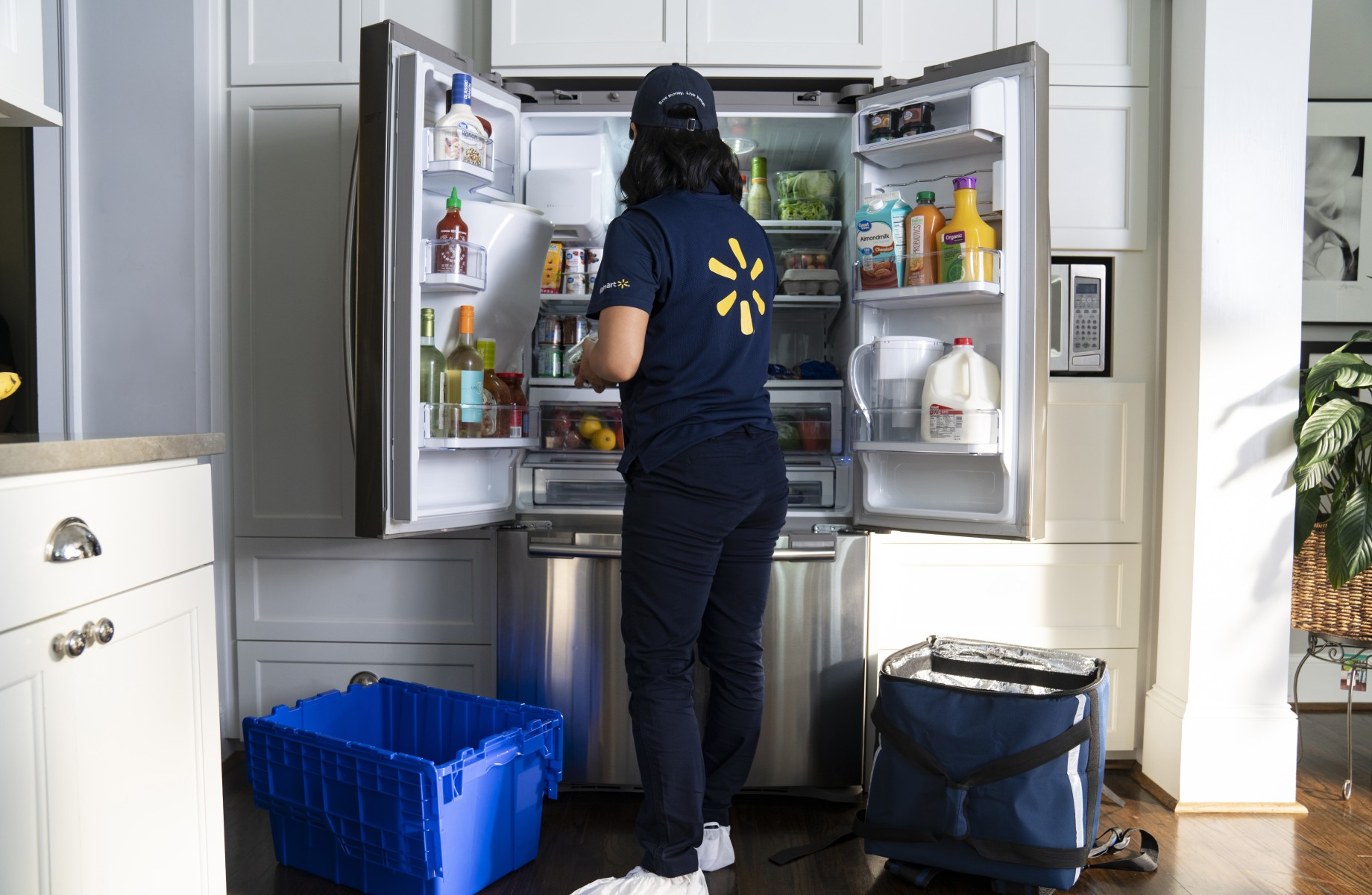 Walmart Will Deliver Groceries Directly to Your Fridge to Compete With Amazon