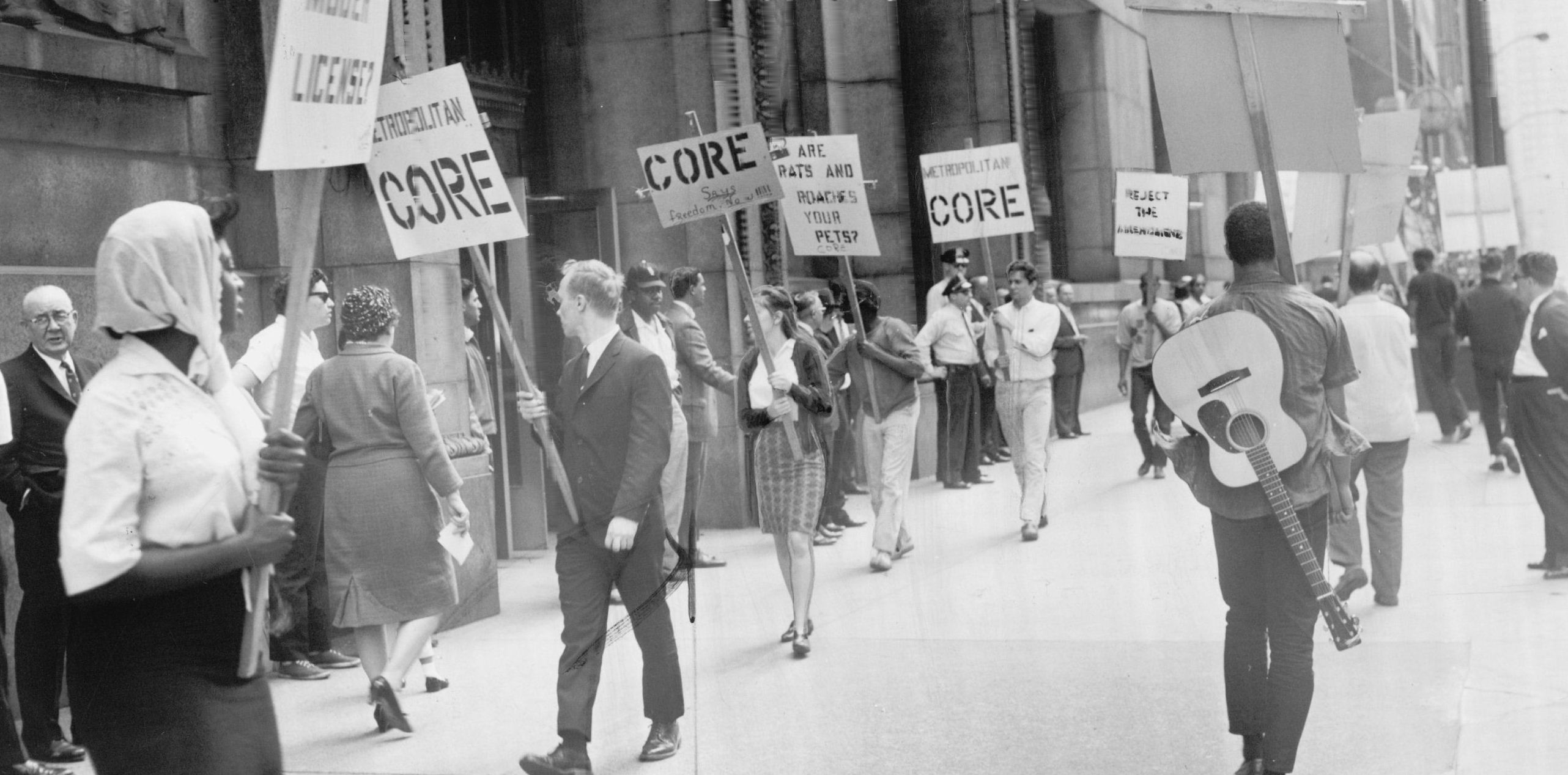 Picketers outside City Hall in 1964 protest a building code change that they said would further racial segregation in Chicago.