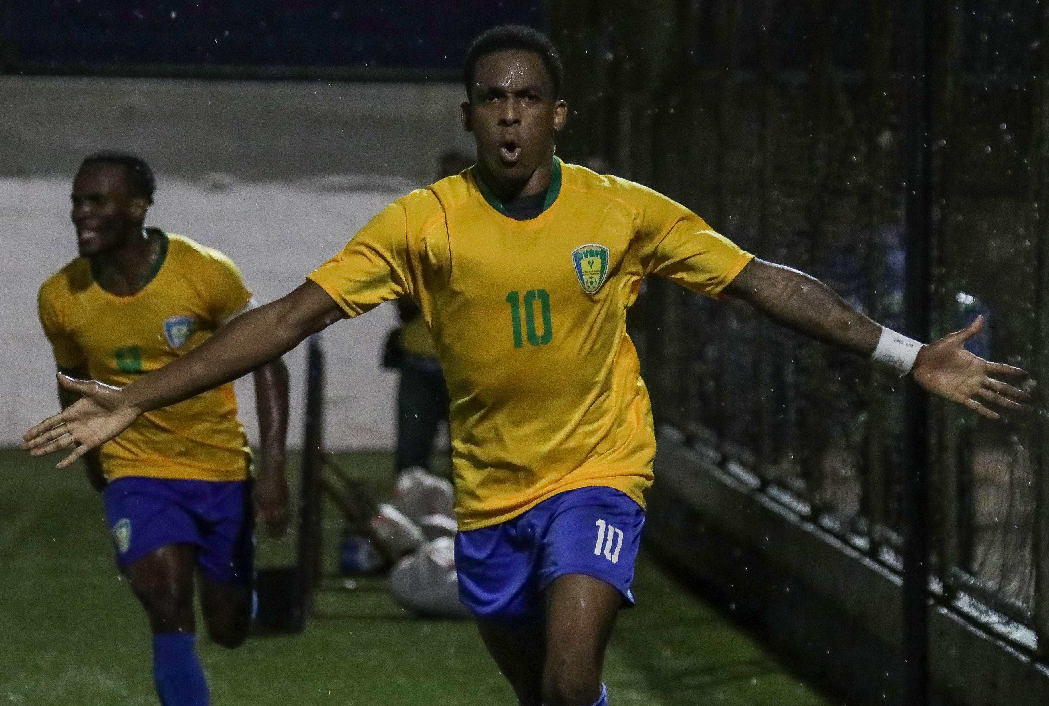 FBL-CONCACAF-NCA-VIN