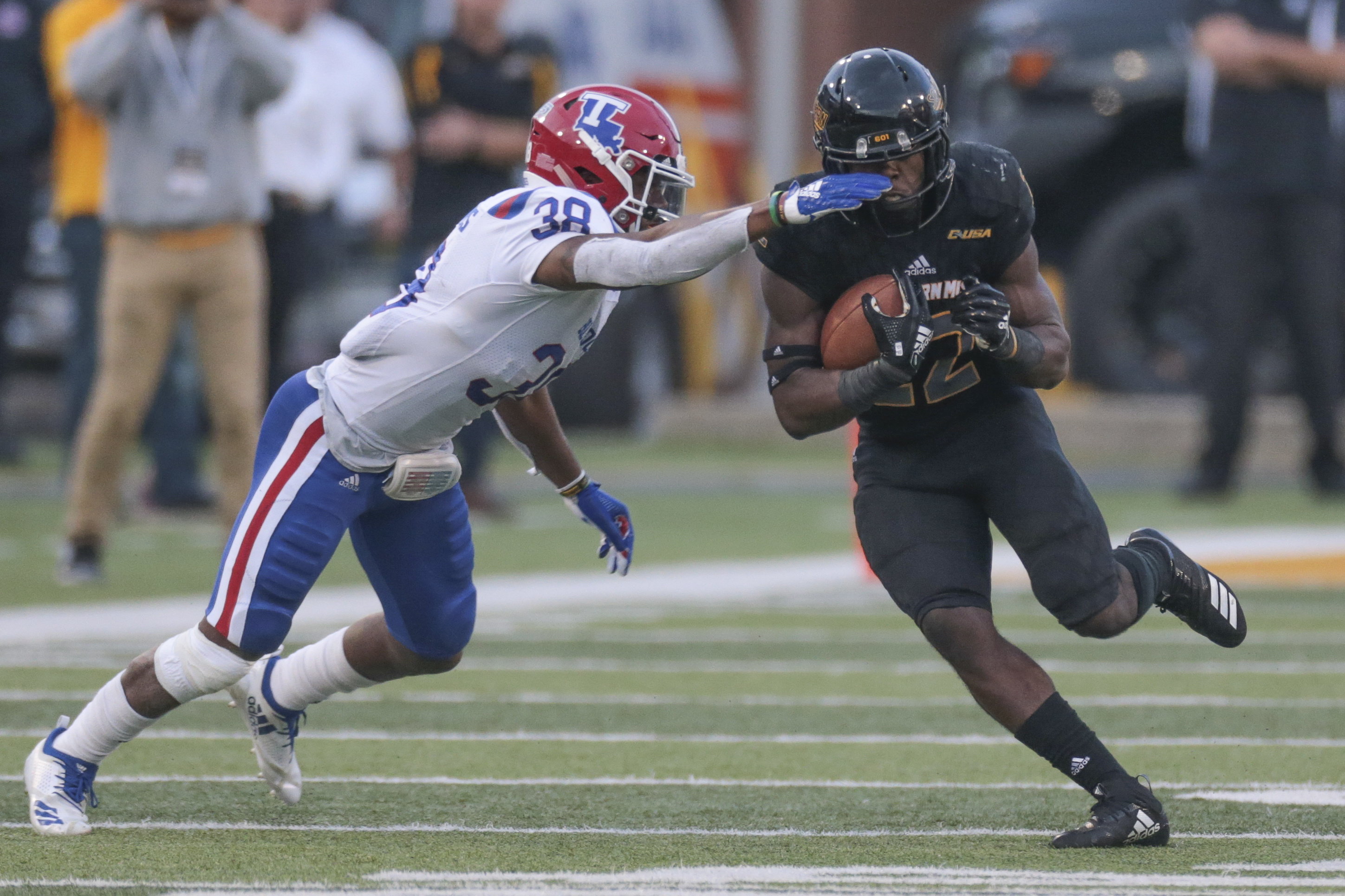 COLLEGE FOOTBALL: NOV 17 Louisiana Tech at Southern Miss