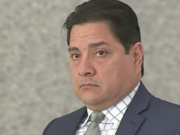 Chicago police officer Xavier Elizondo's federal trial is scheduled to resume Monday.