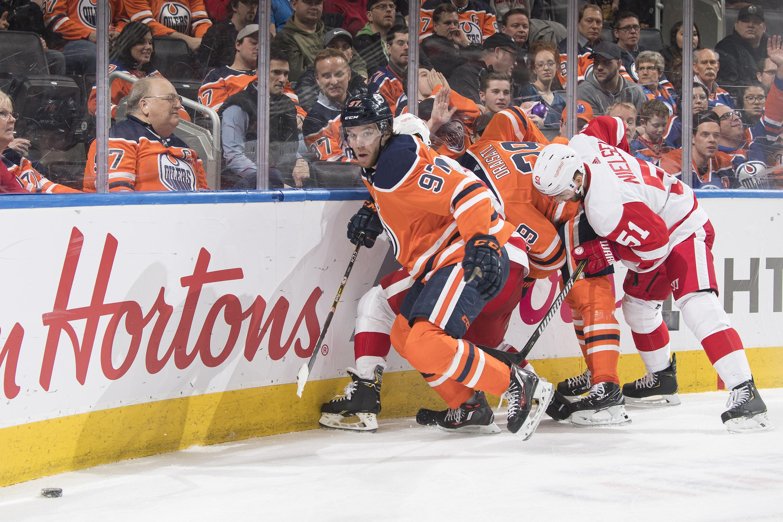 Detroit Red Wings v Edmonton Oilers