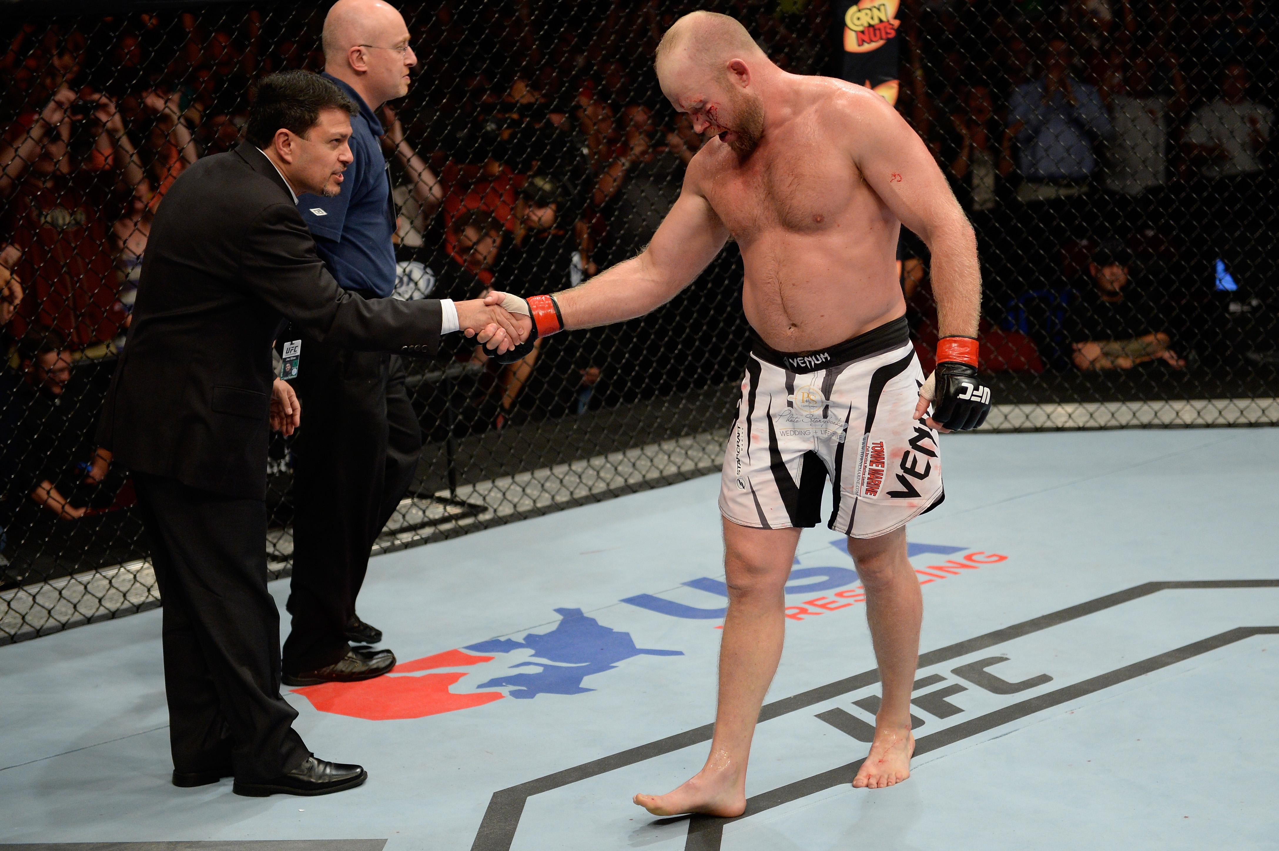 UFC Fight Night: Boetsch v Tavares
