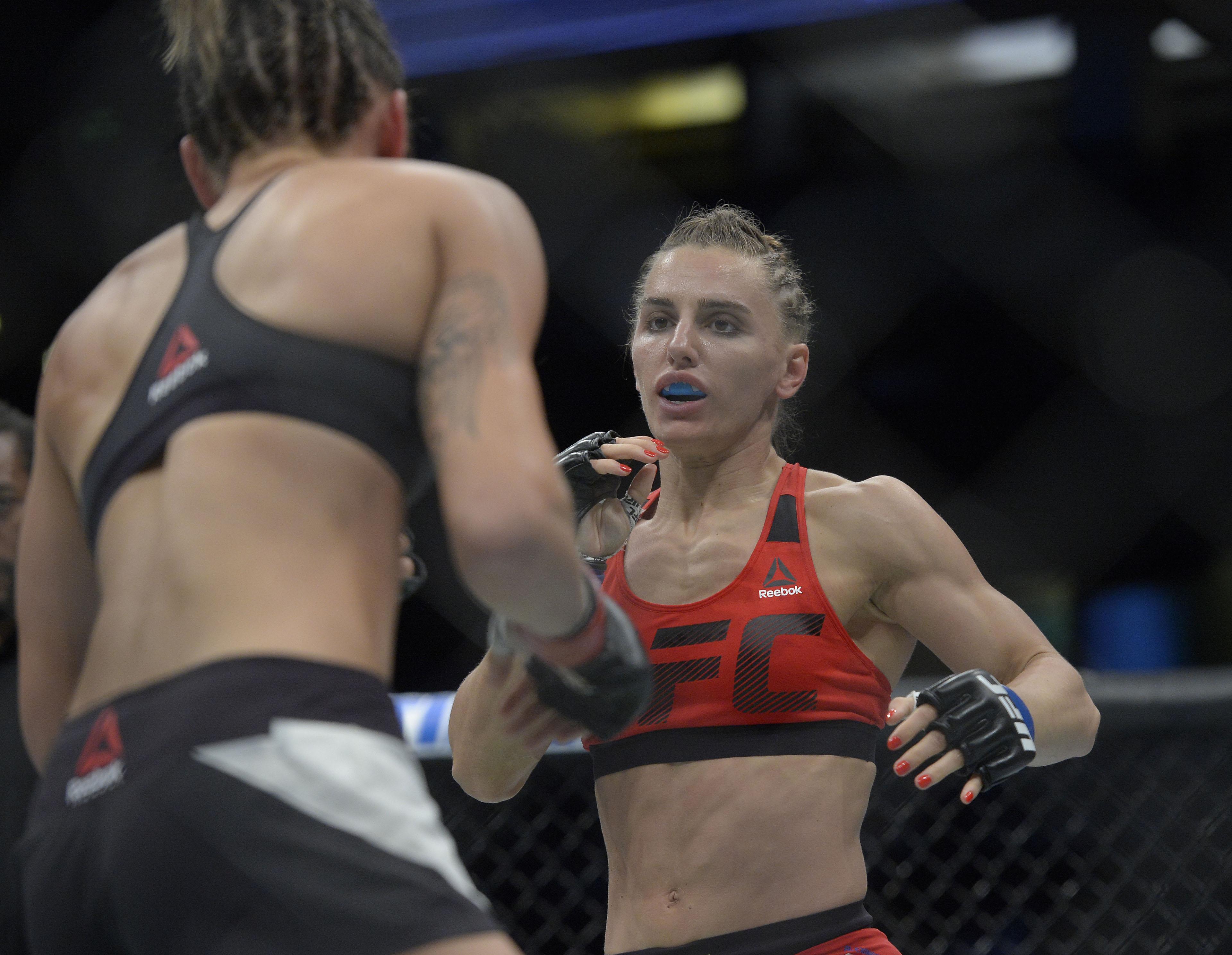 MMA: UFC 214-Curran vs Albu