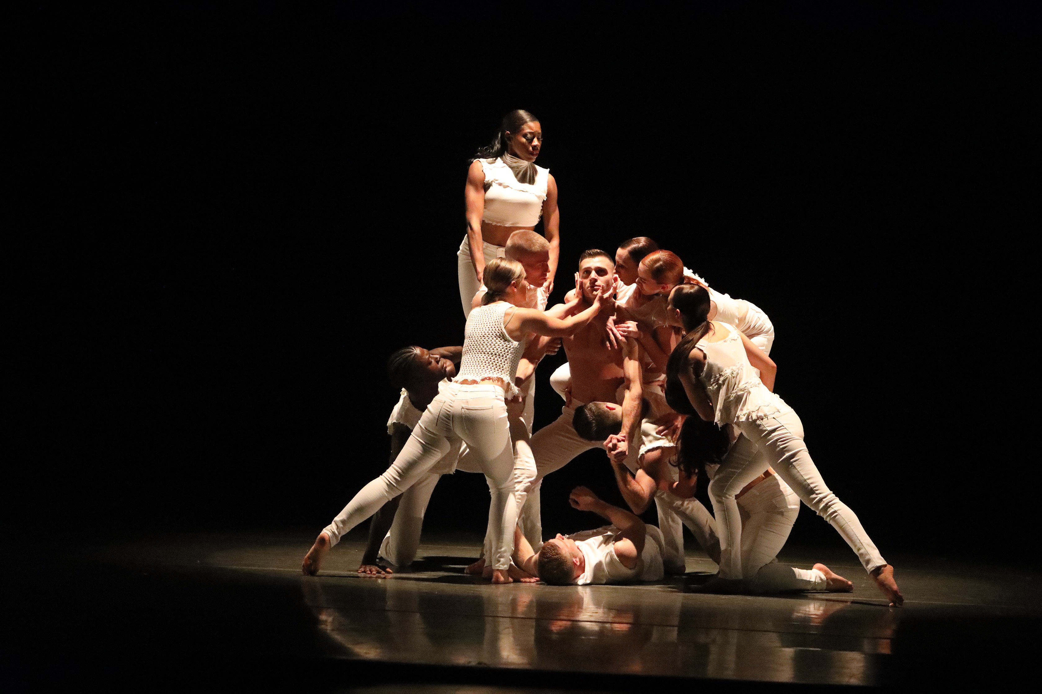 """Giordano Dance Chicago will present """"Flickers"""" by choreography Miranda Davis as part of its weekend program at the Harris Theater."""