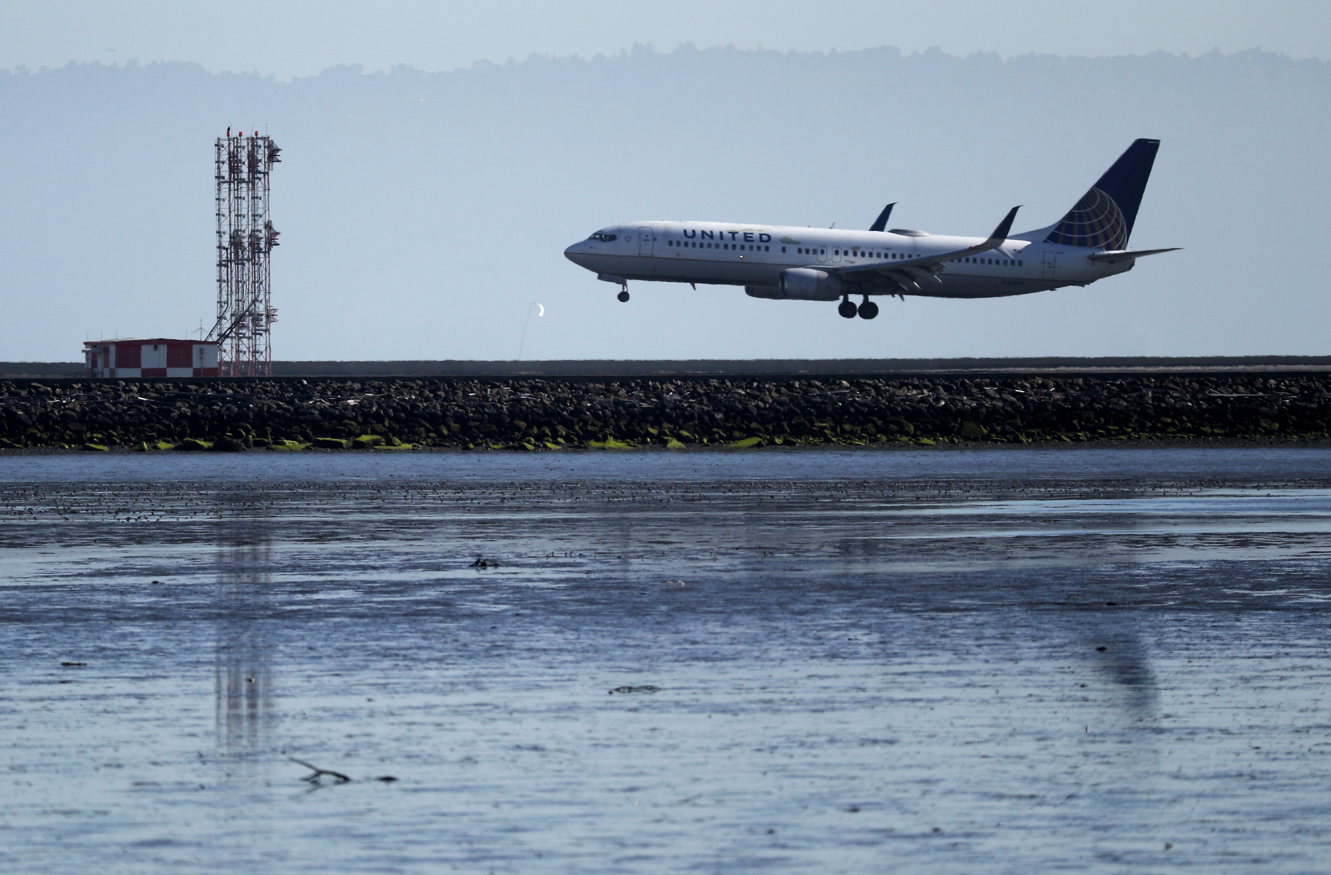 Boeing Q1 Profits Plummet 21 Percent Due To 737 MAX Jet Failings