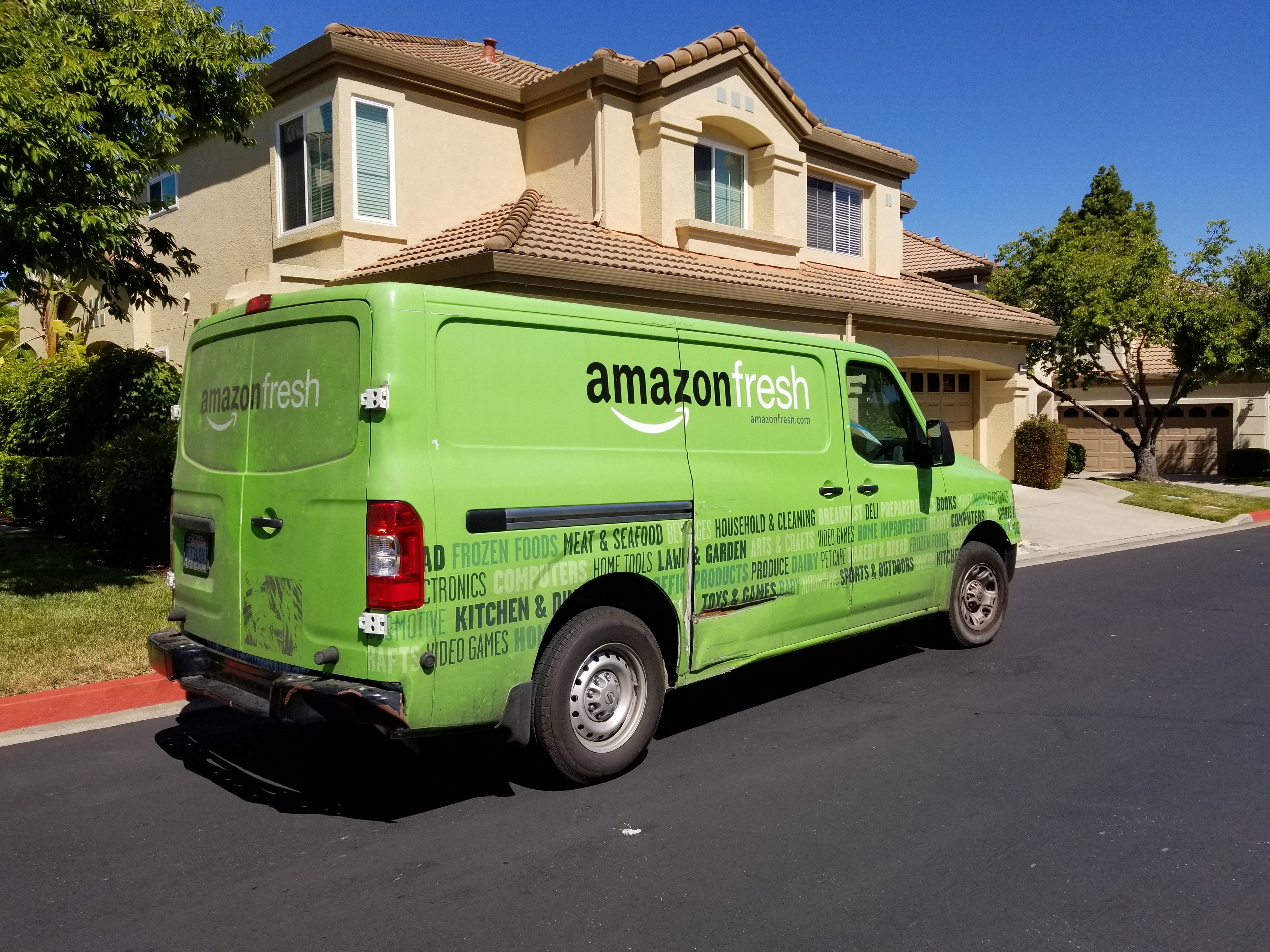 Amazon's new plan to dominate grocery delivery: making AmazonFresh totally free for Prime members