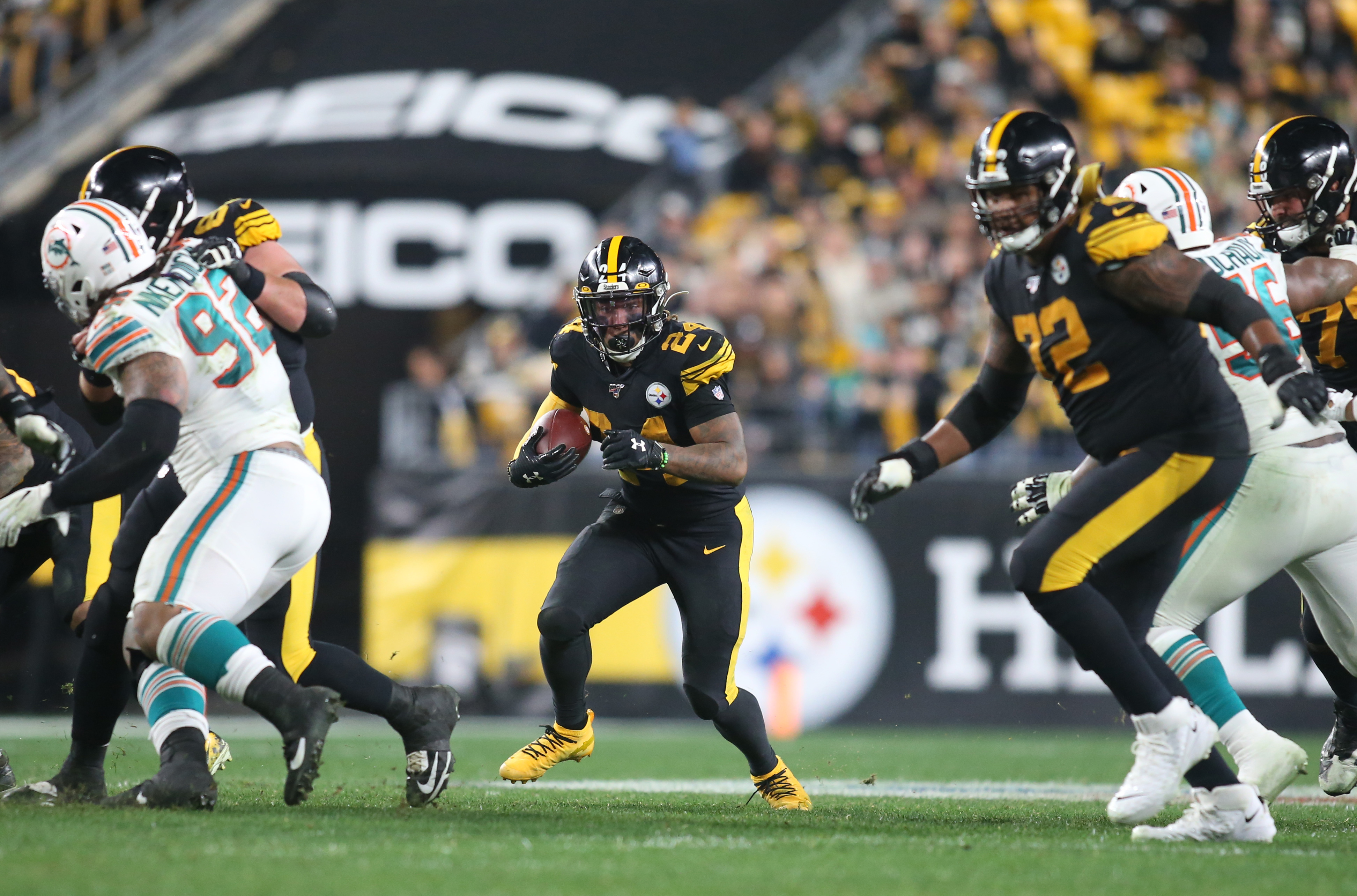 NFL: Miami Dolphins at Pittsburgh Steelers