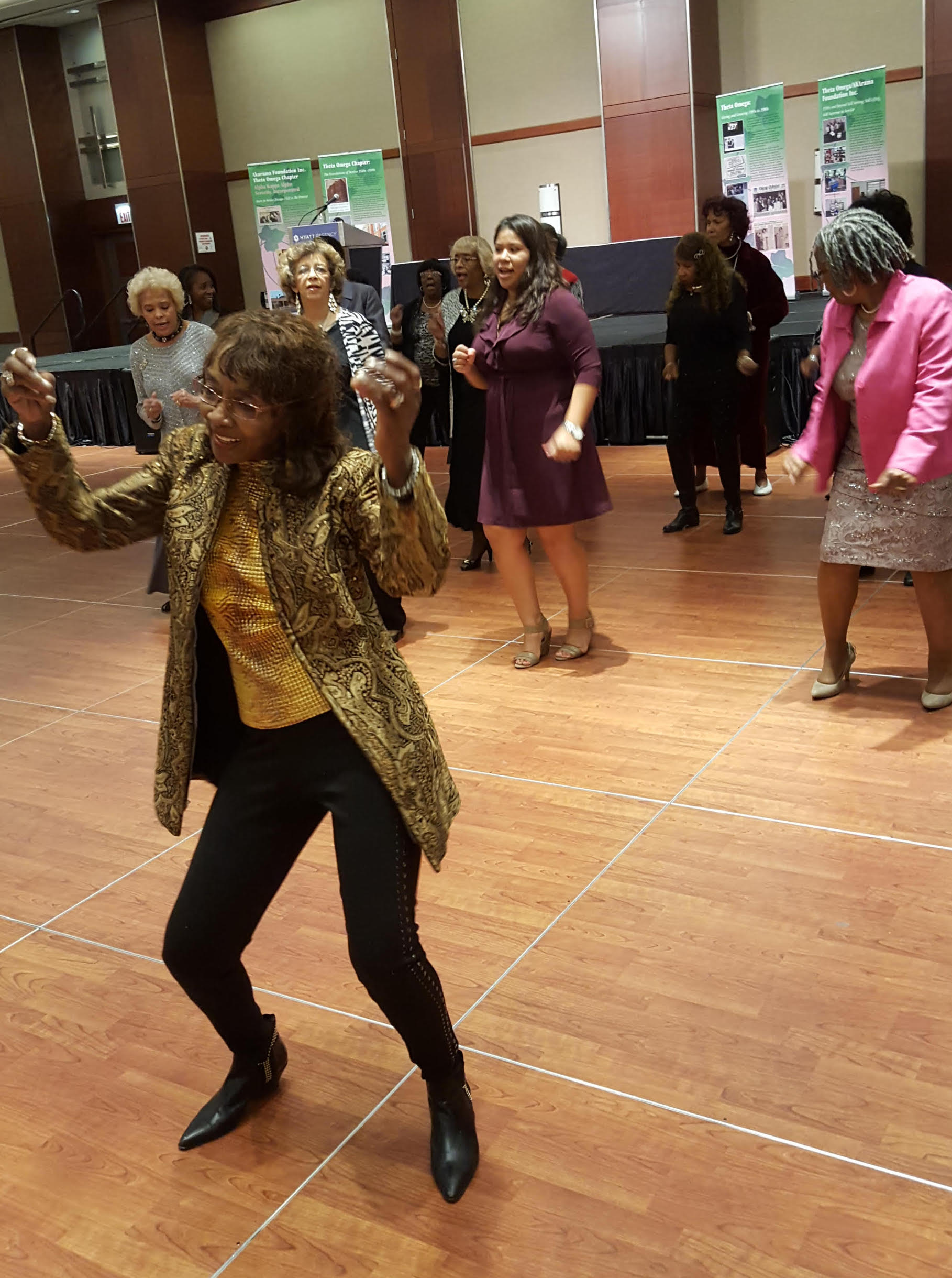 Enid W. Collins, 83, operated dancing schools on Chicago's South Side and was still dancing up until she took ill in September.