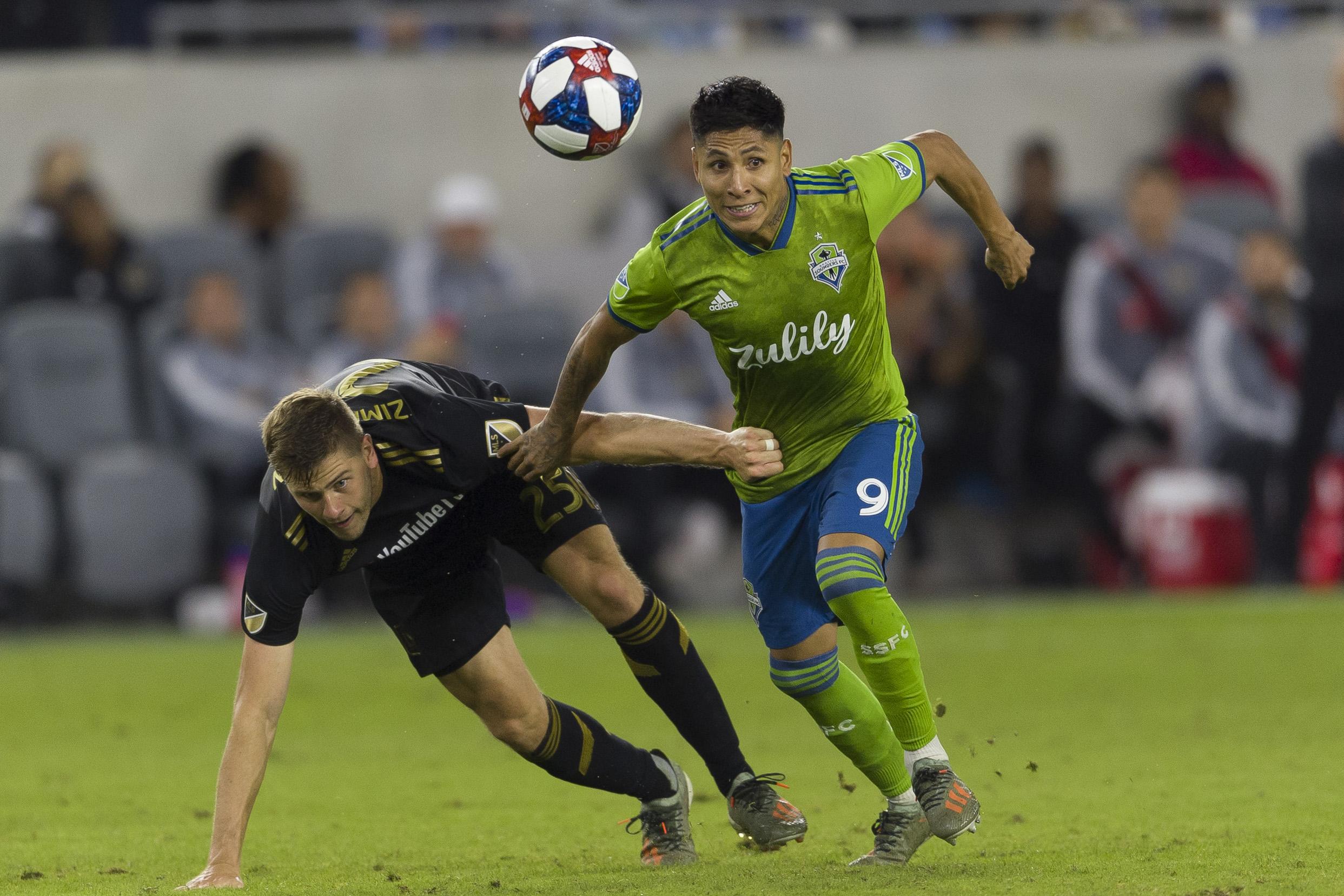 MLS:联盟杯决赛中,西雅图海湾FC在洛杉矶FC
