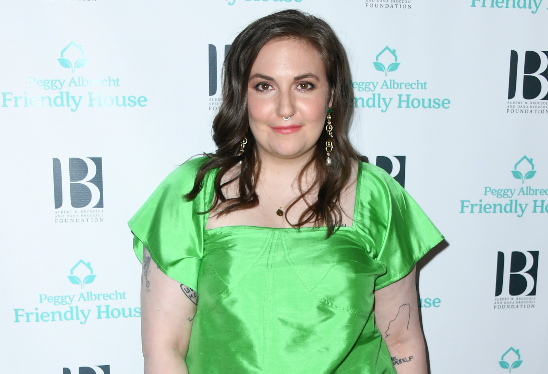 Lena Dunham attends Friendly House 30th Annual Awards Luncheon at The Beverly Hilton Hotel on October 26, 2019 in Beverly Hills, California.