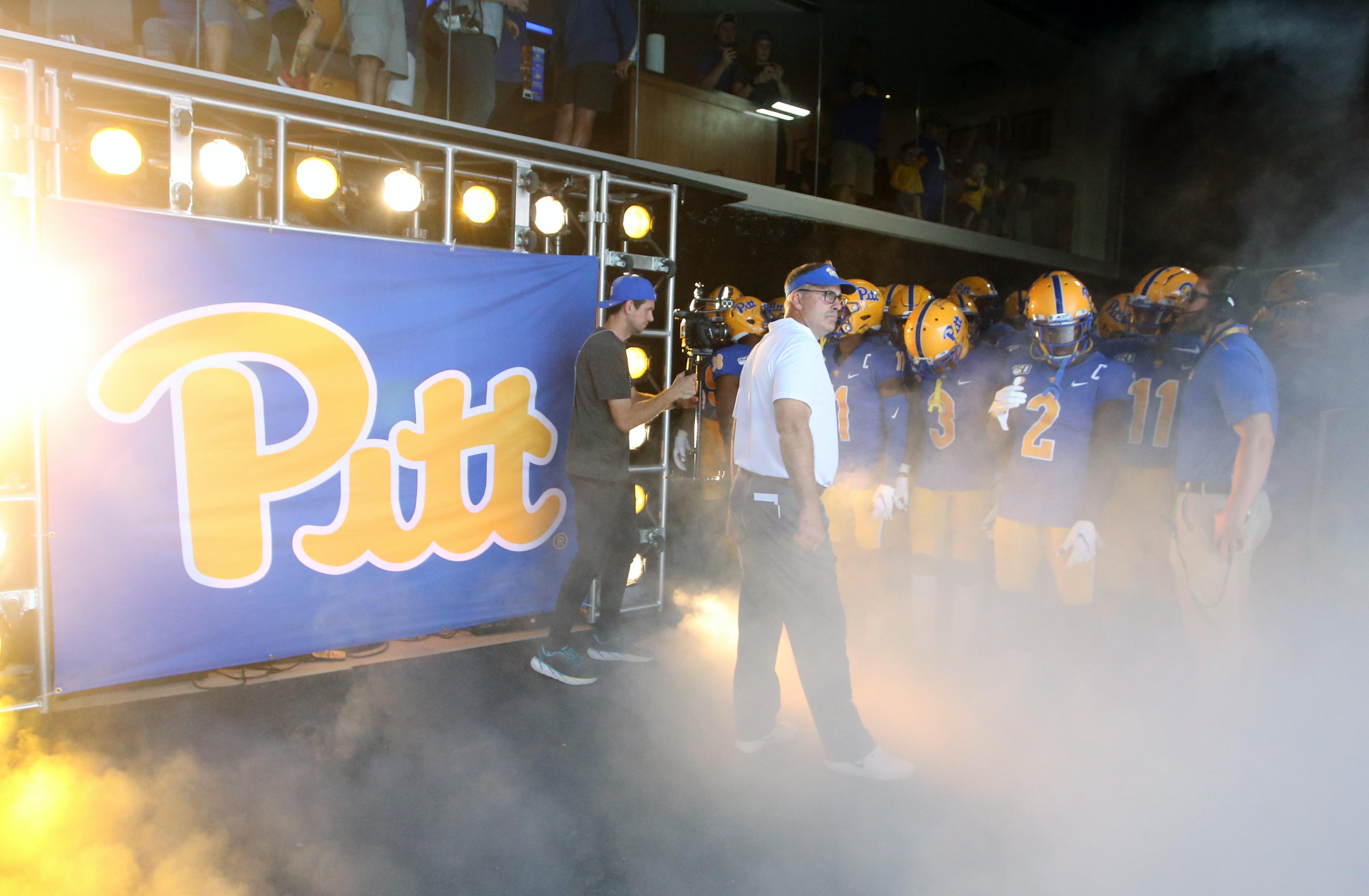 NCAA Football: Delaware at Pittsburgh