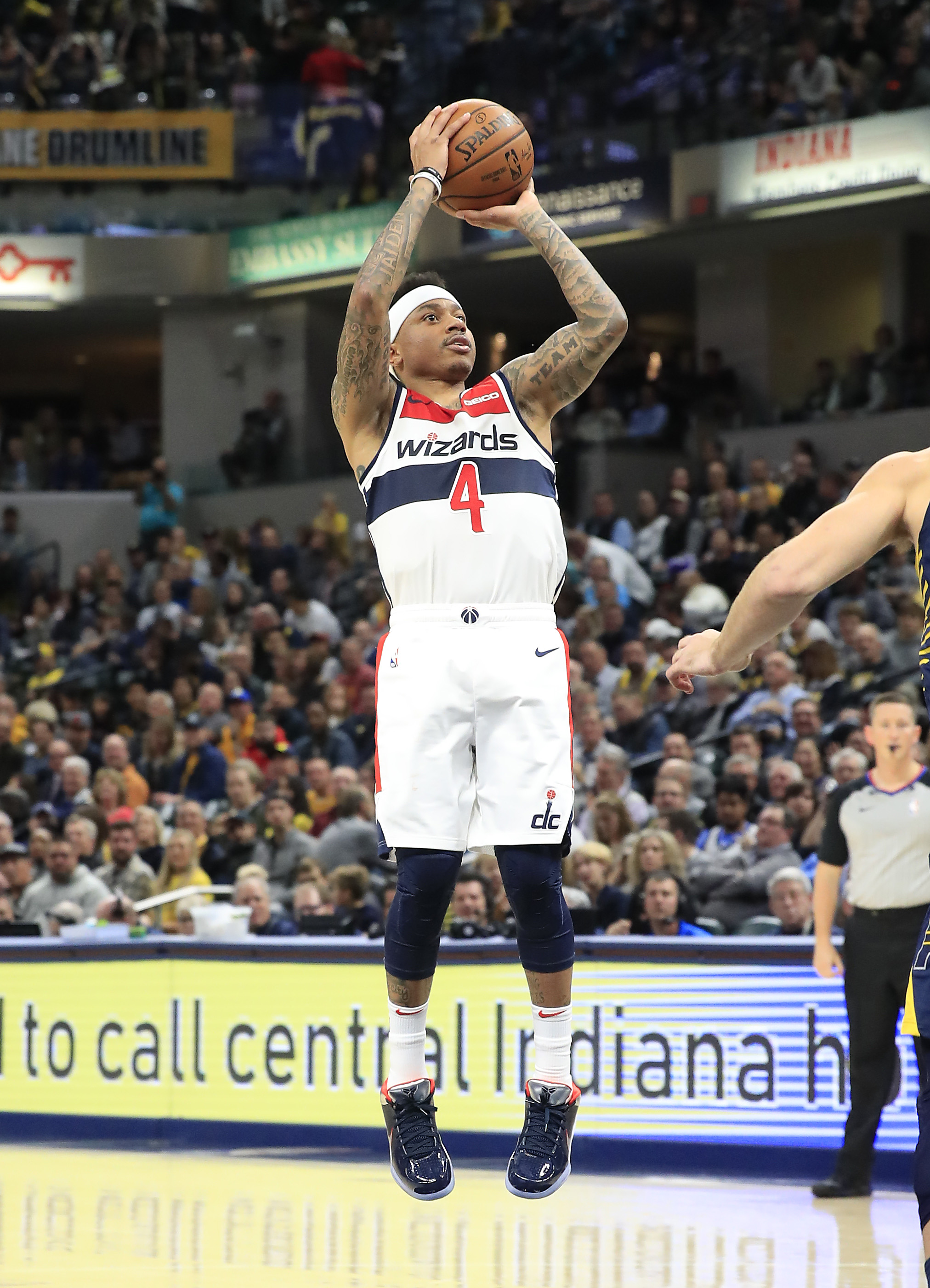Isaiah Thomas entering the starting lineup hasn't change Wizards fortunes.