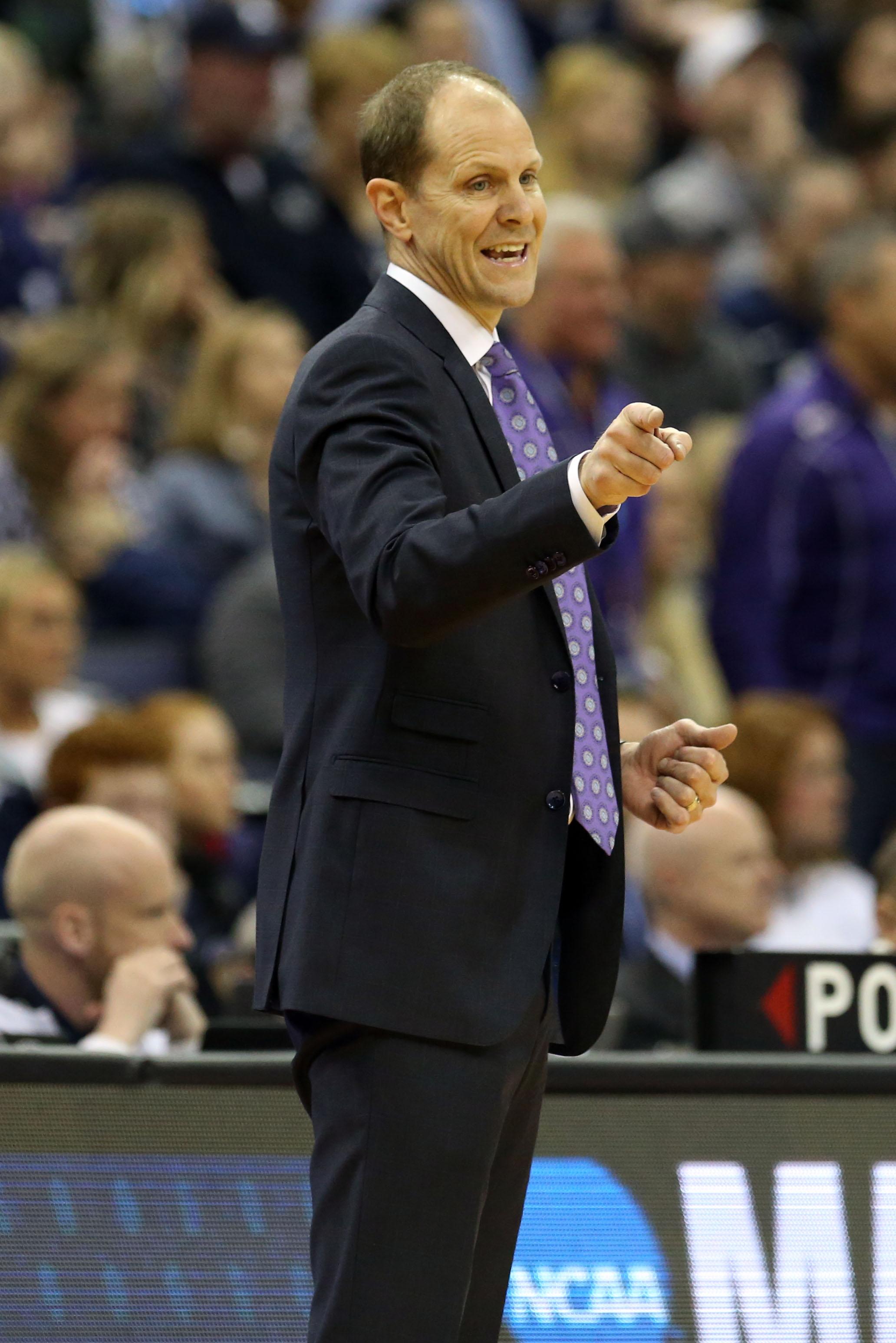 NCAA Basketball: NCAA Tournament-Washington Huskies vs Utah State Aggies